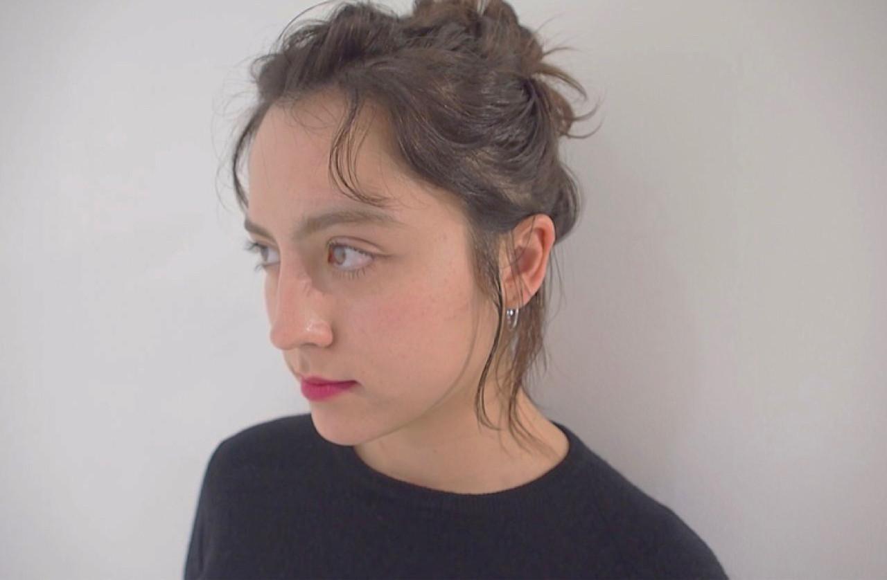 透明感 簡単ヘアアレンジ ナチュラル お団子 ヘアスタイルや髪型の写真・画像