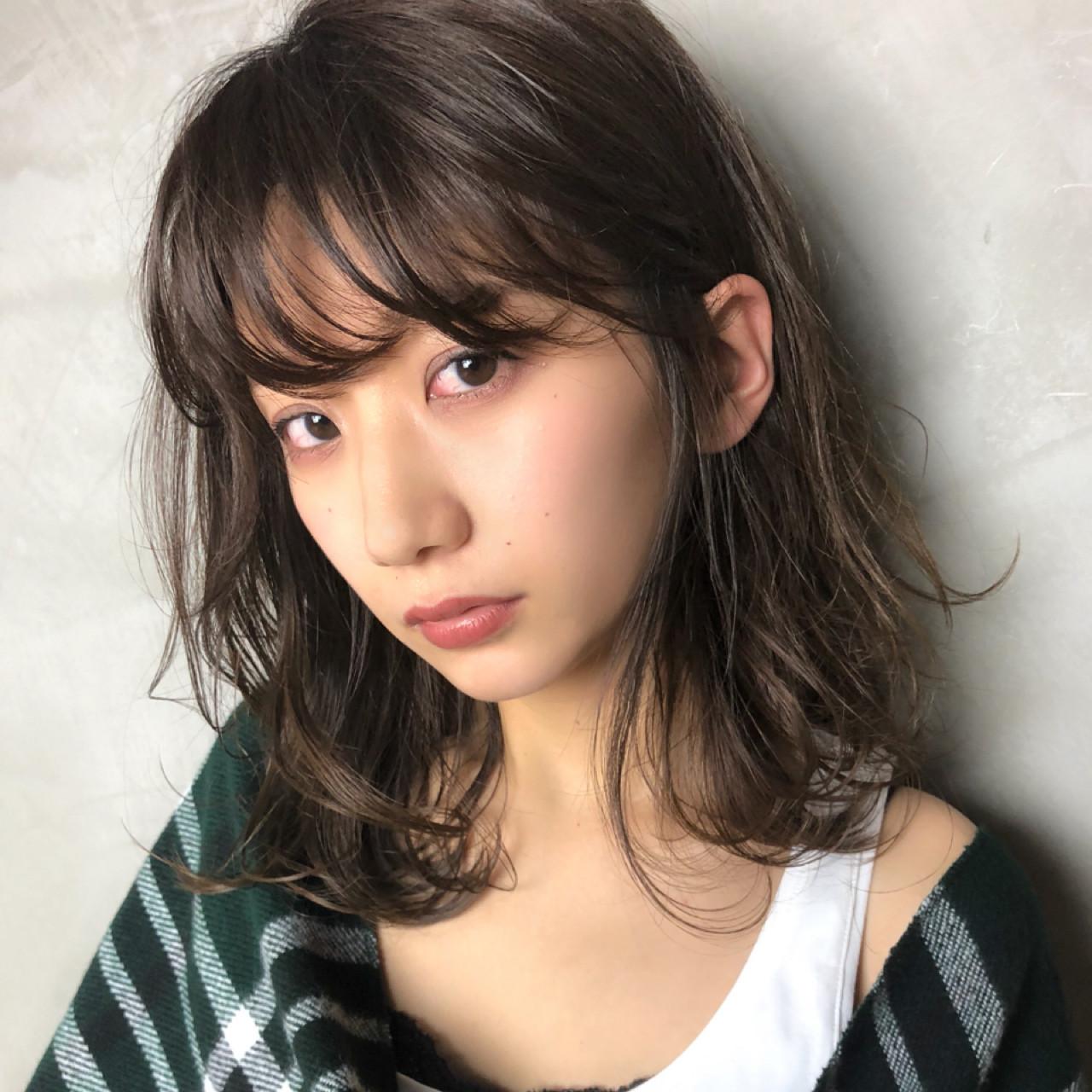 アンニュイ 無造作 外国人風カラー ナチュラル ヘアスタイルや髪型の写真・画像
