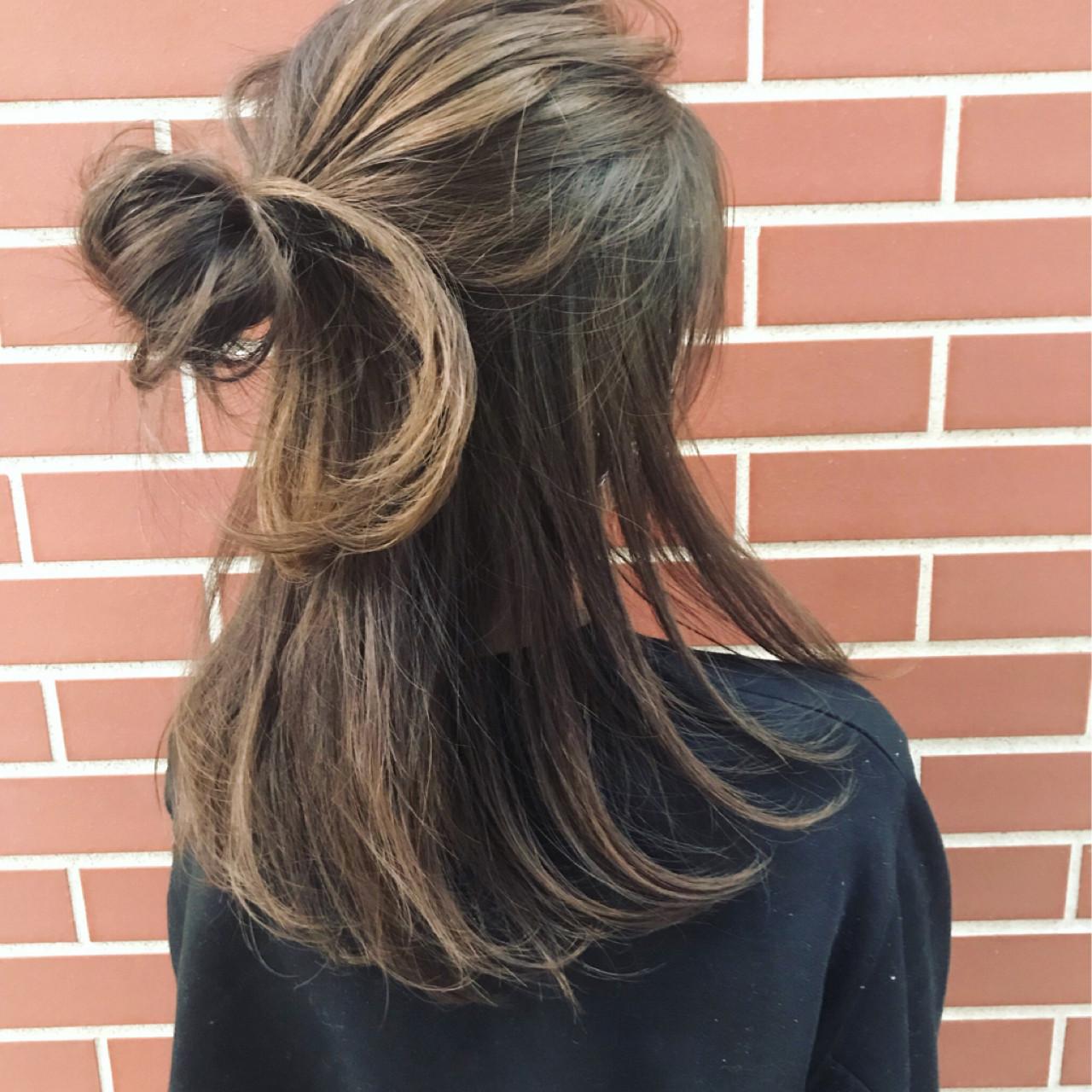 ハーフアップ ストリート ヘアアレンジ ショート ヘアスタイルや髪型の写真・画像