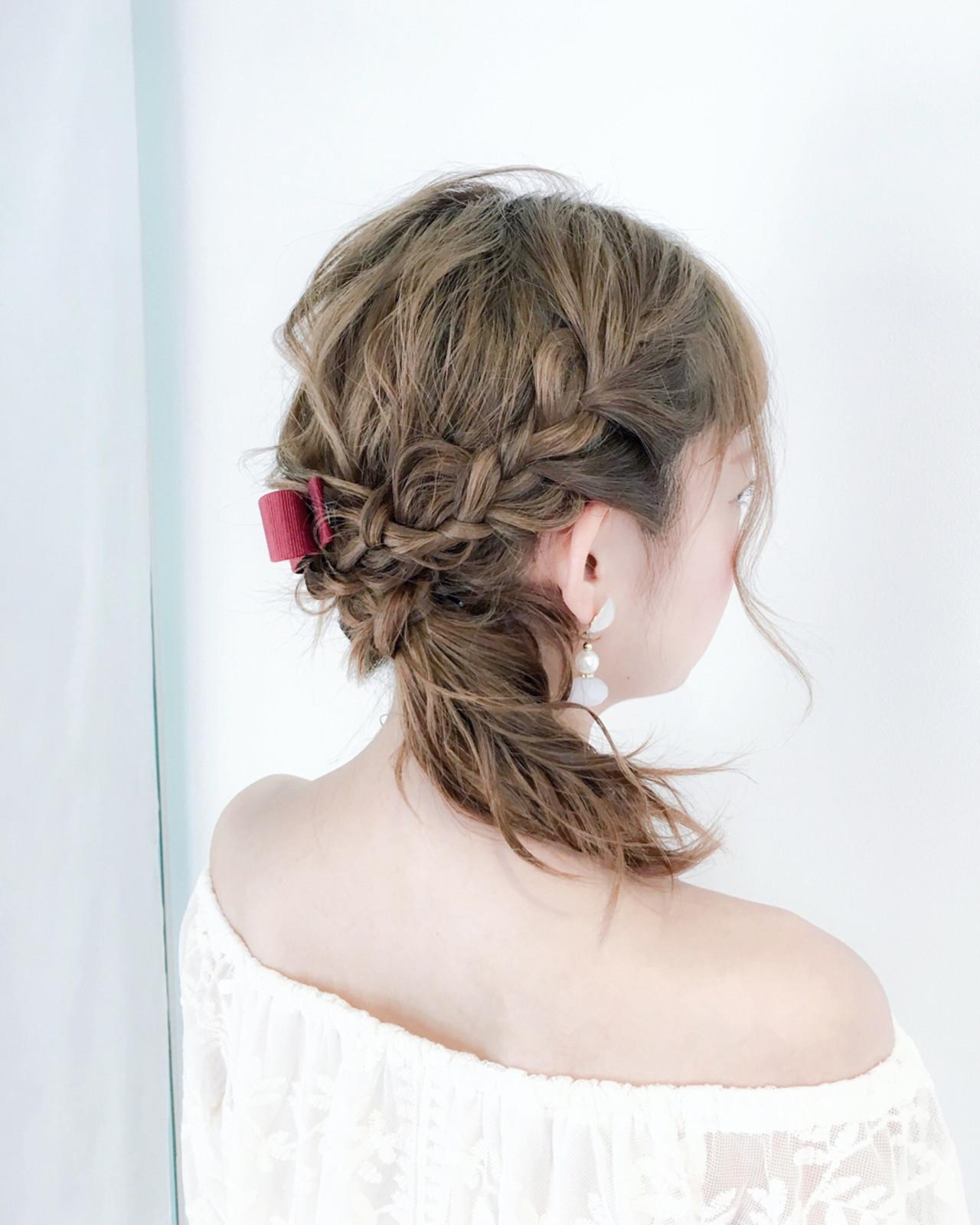 フェミニン 編み込み セミロング アウトドア ヘアスタイルや髪型の写真・画像