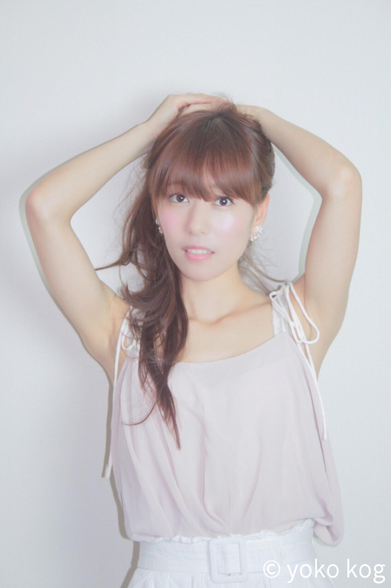 フェミニン 艶髪 簡単ヘアアレンジ ロング ヘアスタイルや髪型の写真・画像