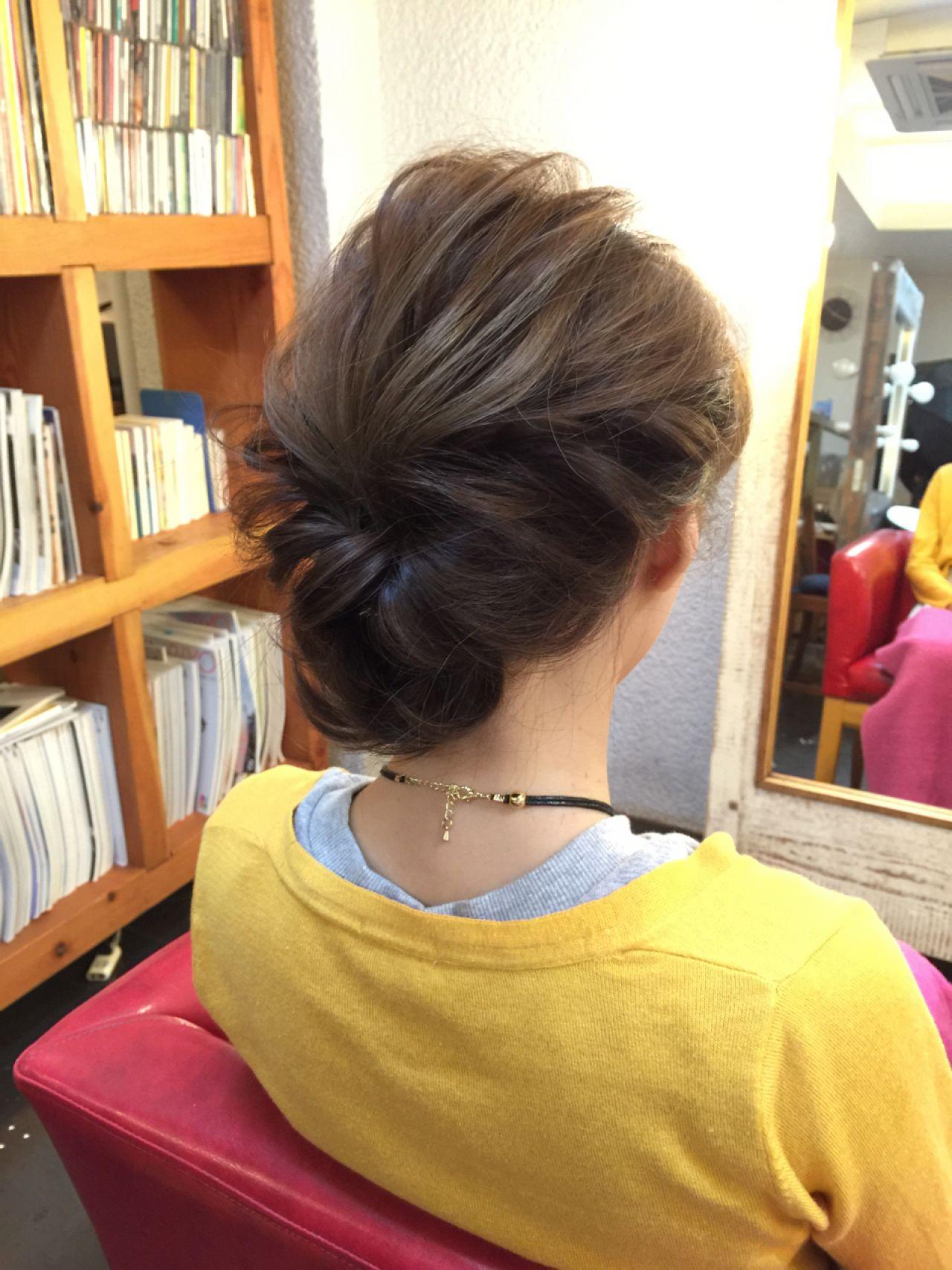 パーティ 簡単 ミディアム まとめ髪 ヘアスタイルや髪型の写真・画像
