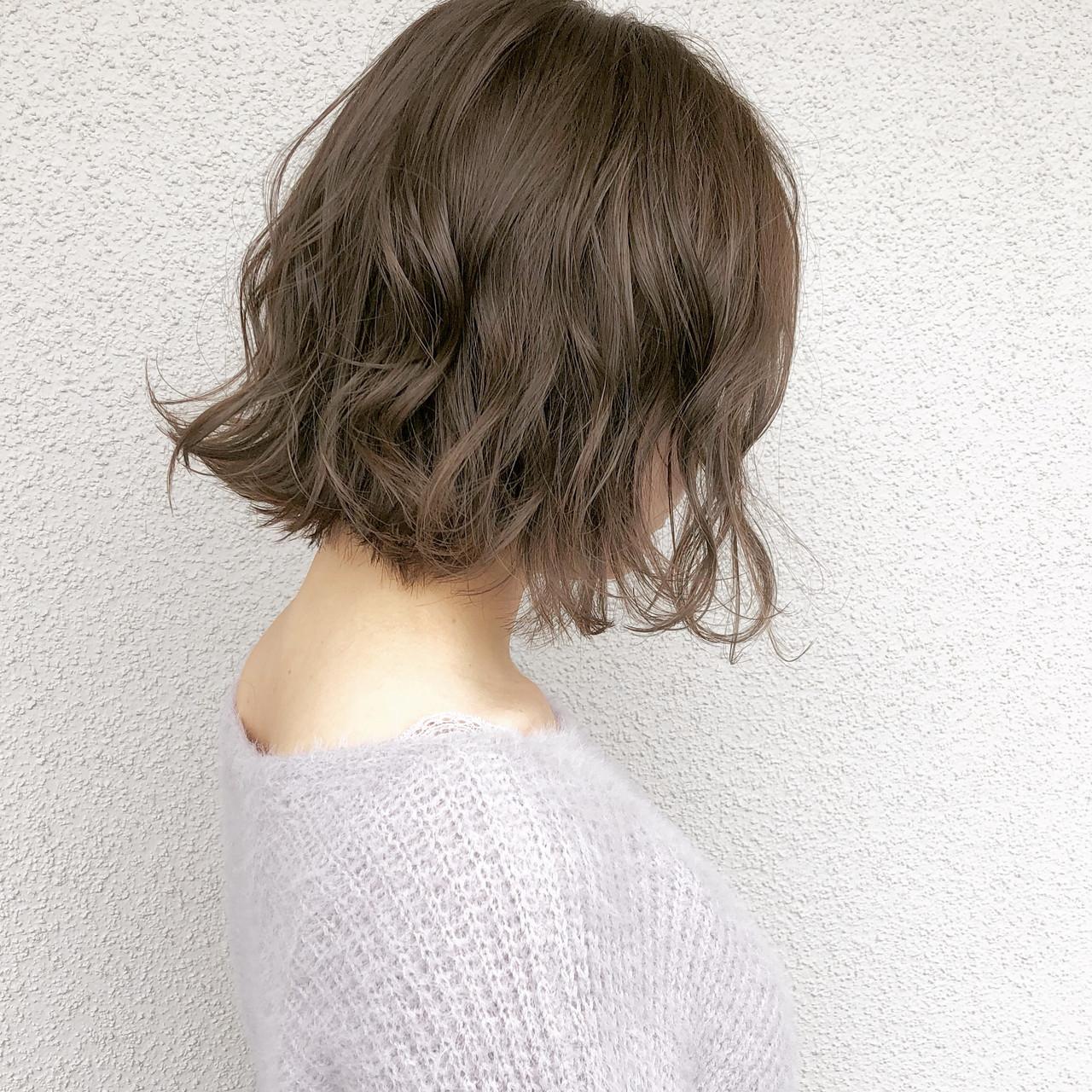 簡単ヘアアレンジ アンニュイほつれヘア 大人かわいい ボブ ヘアスタイルや髪型の写真・画像
