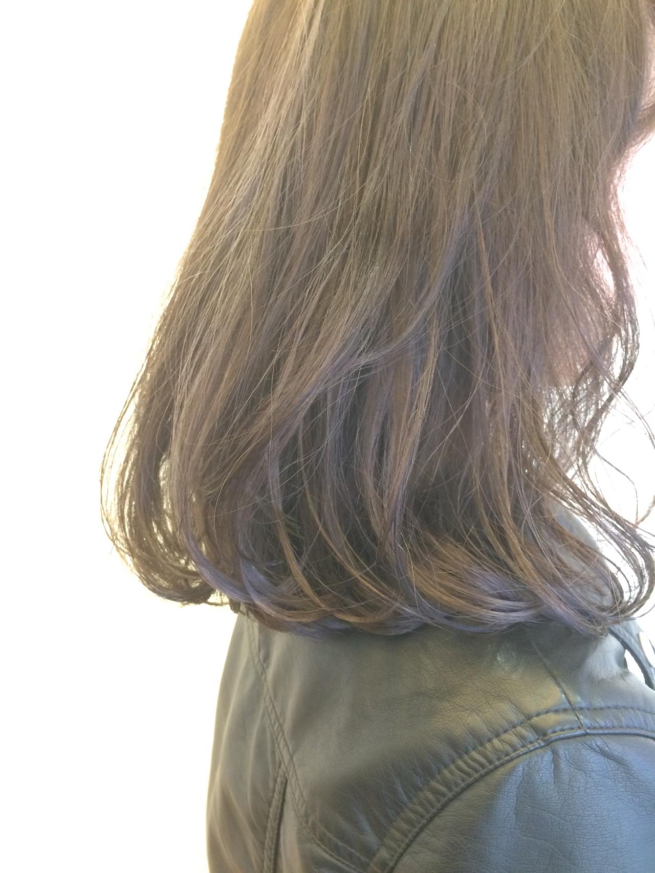 グラデーションカラー ミディアム 大人女子 かっこいい ヘアスタイルや髪型の写真・画像