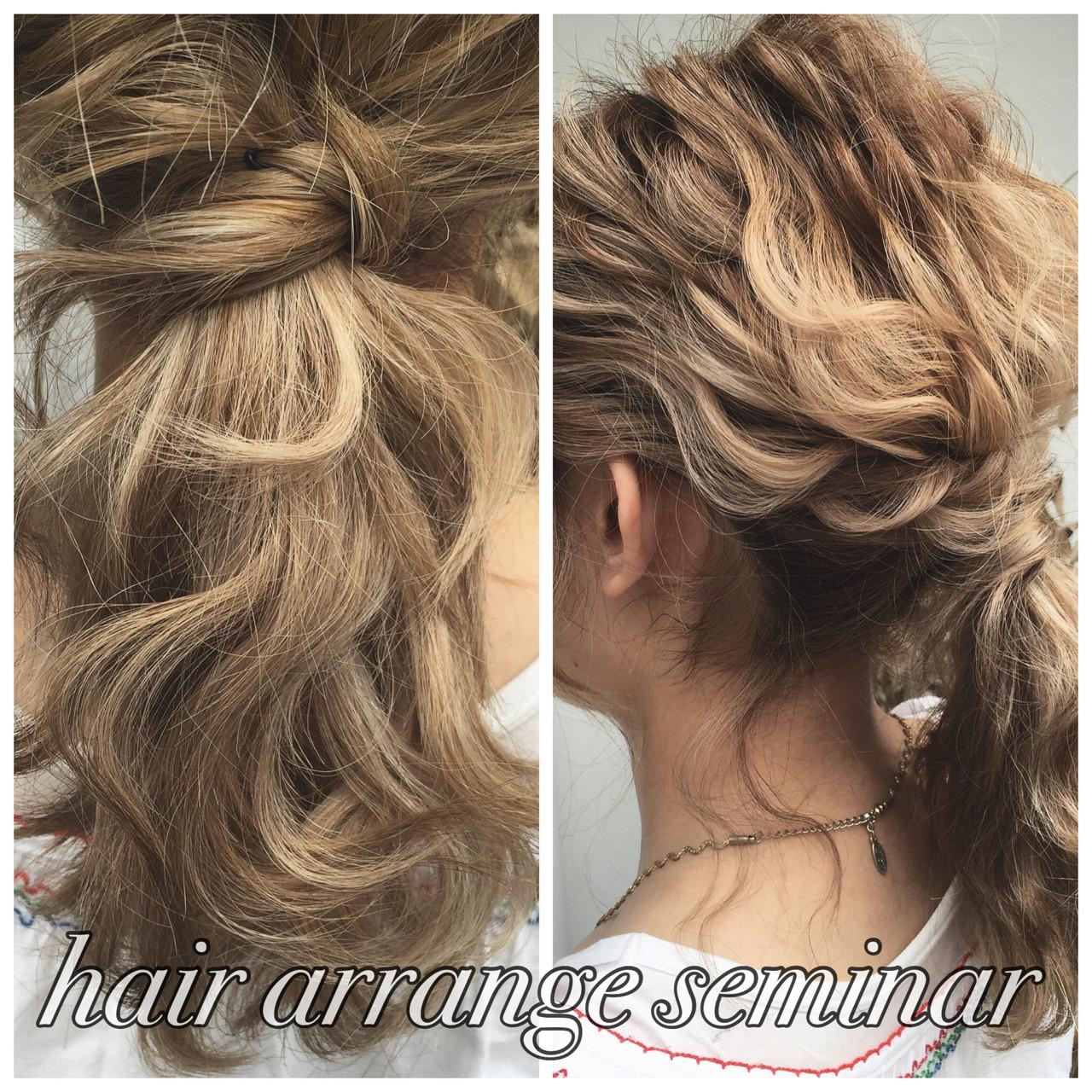 ポニーテール ヘアアレンジ ロング 波ウェーブ ヘアスタイルや髪型の写真・画像