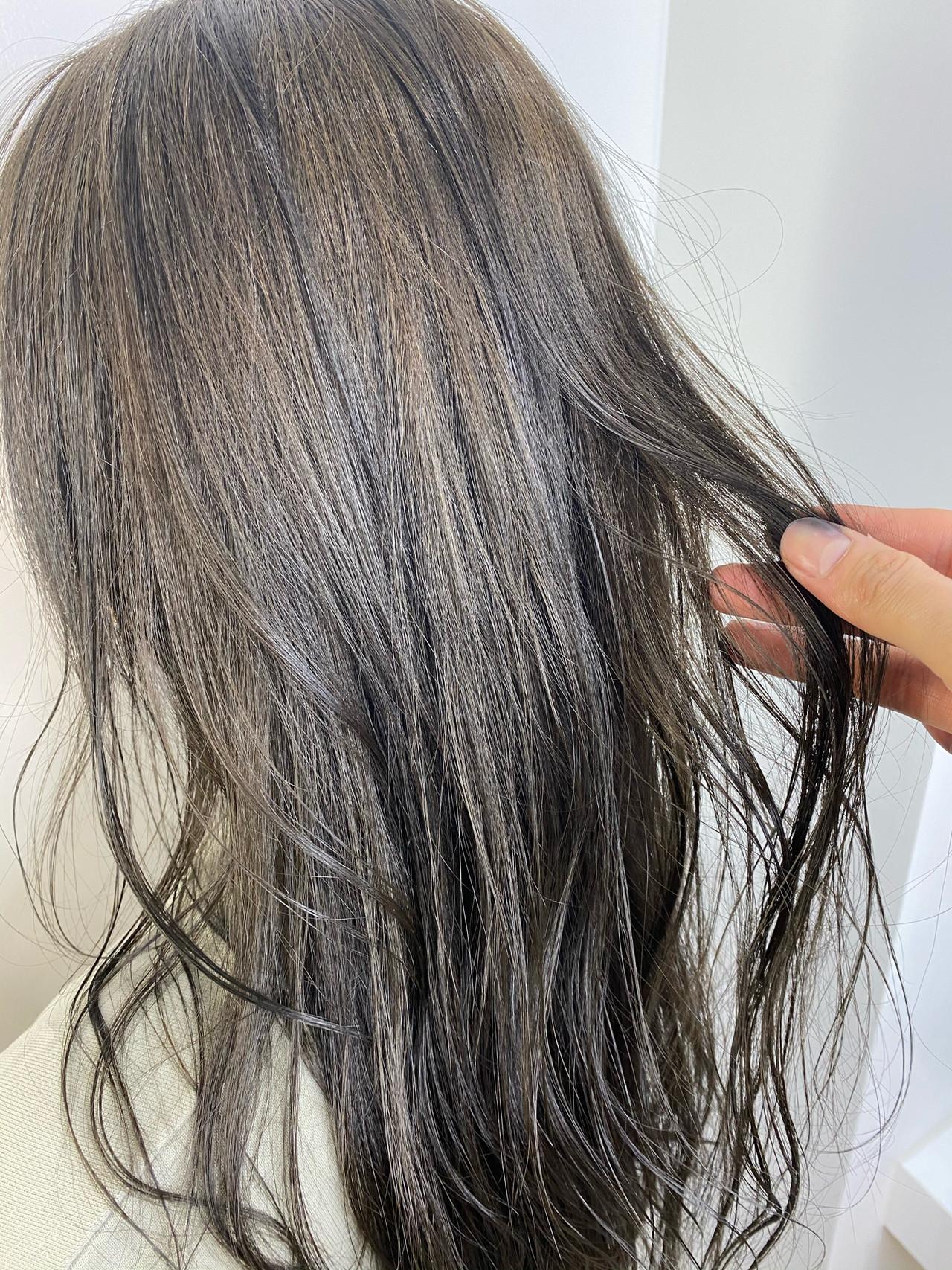 レイヤーカット オリーブアッシュ ベージュ ナチュラル ヘアスタイルや髪型の写真・画像 | 石渡諒太 / Alan Smithee