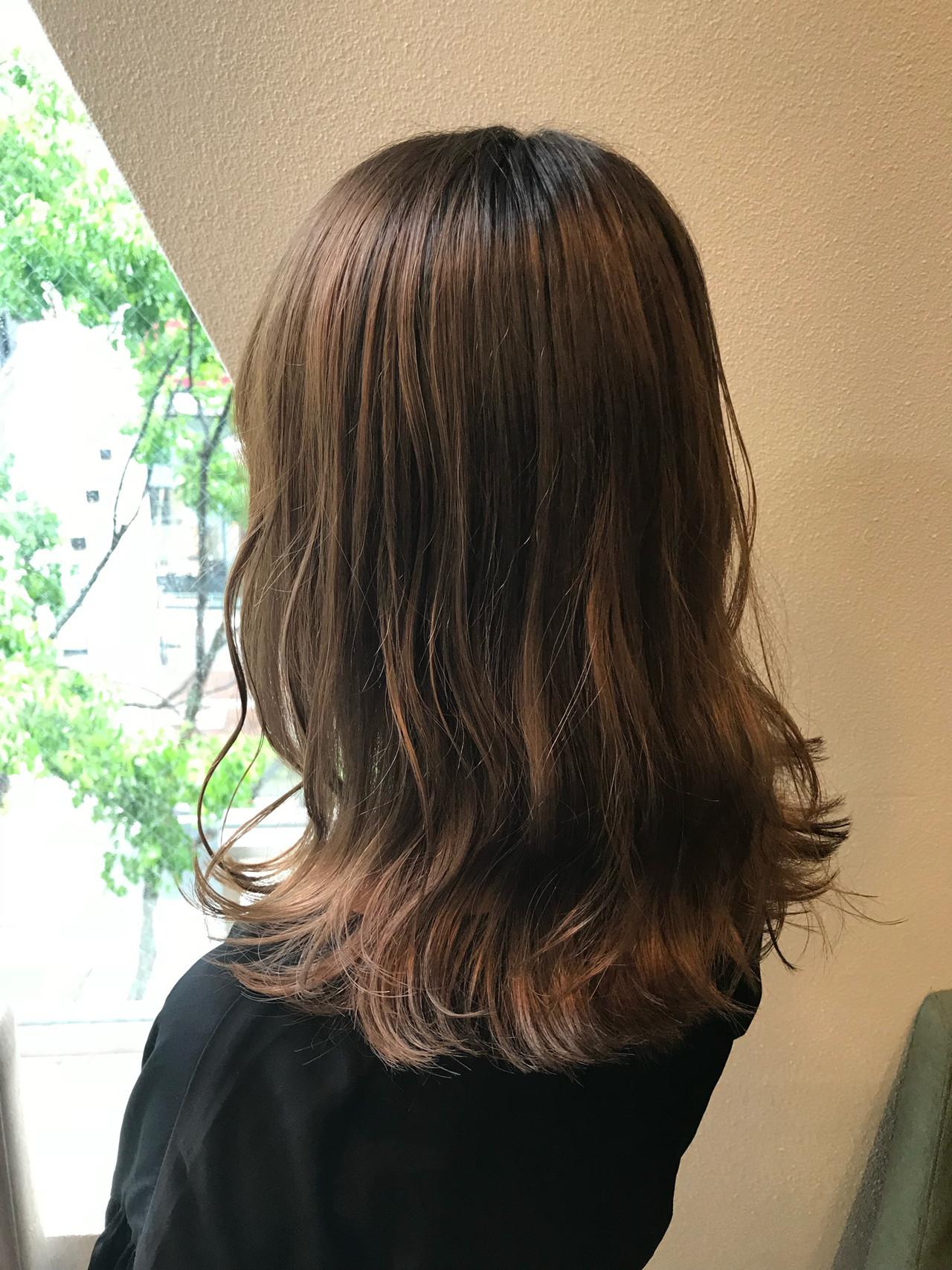 ブラウンベージュ セミロング 透明感カラー ナチュラル ヘアスタイルや髪型の写真・画像 | SHO / JILL by GiseL