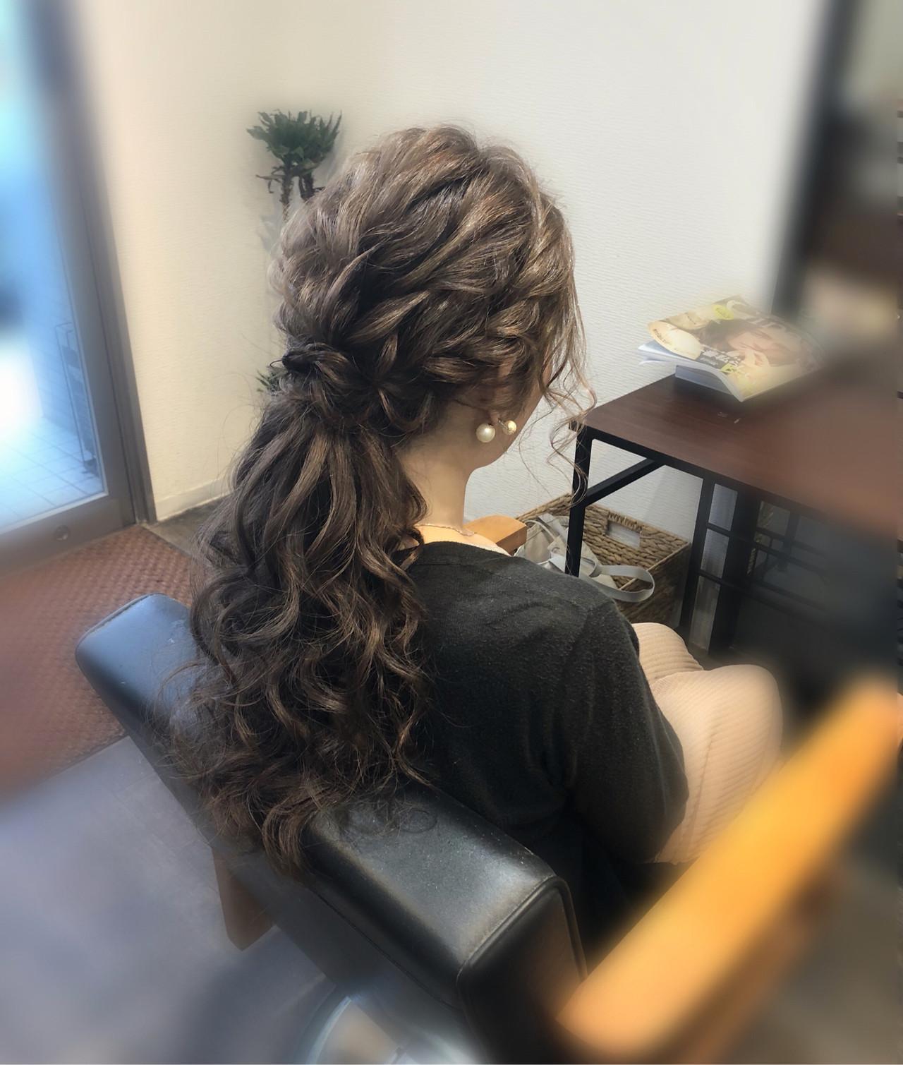 ロング ねじり ヘアアレンジ ポニーテール ヘアスタイルや髪型の写真・画像 | mai / HAIR SALON STELLA