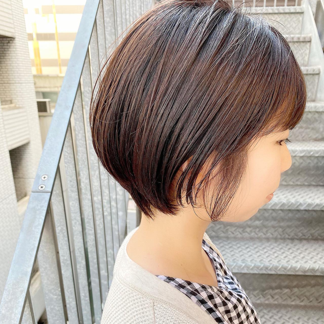 ショート ショートヘア オフィス ナチュラル ヘアスタイルや髪型の写真・画像 | 大人可愛い【ショート・ボブが得意】つばさ / VIE