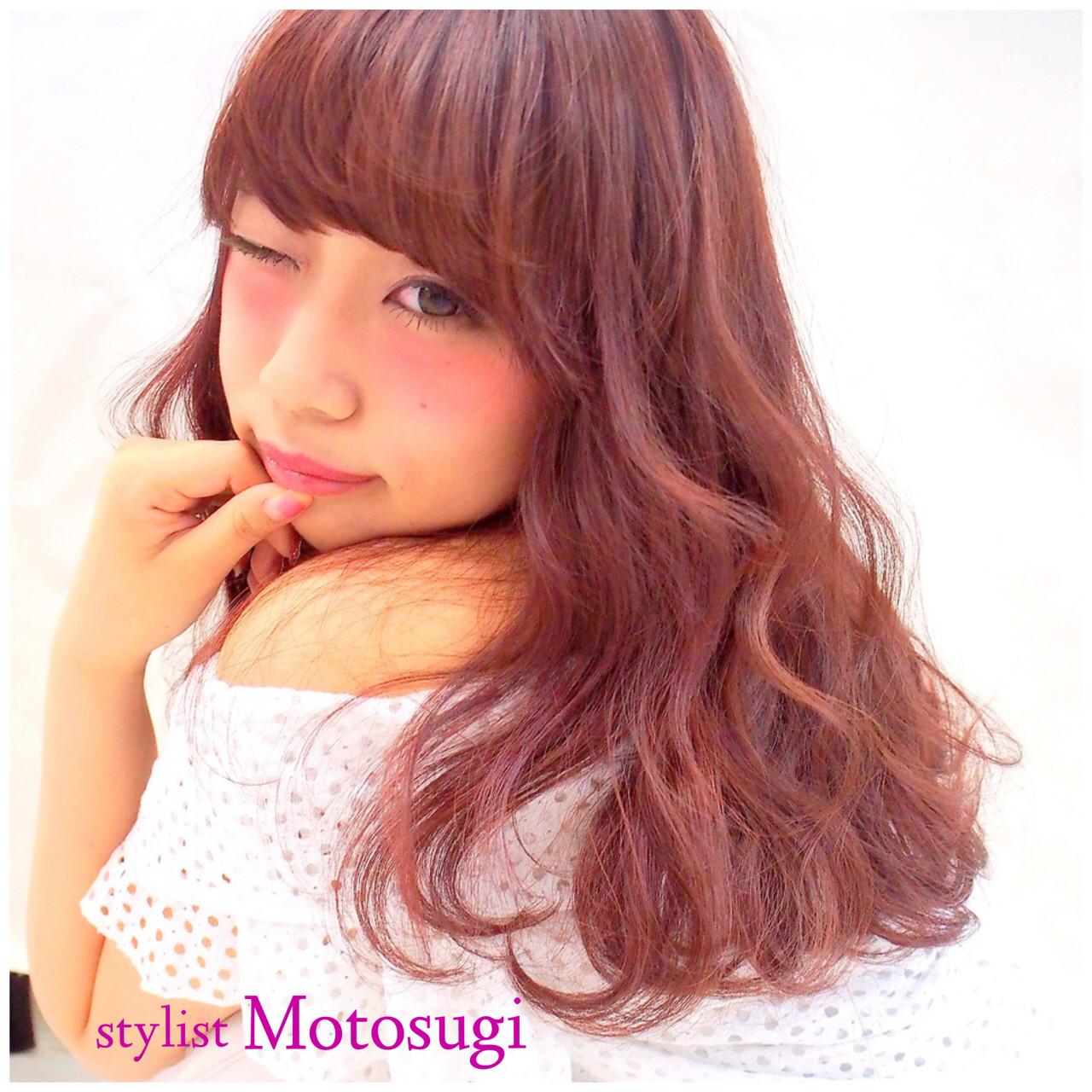ピンク モテ髪 セミロング ラズベリー ヘアスタイルや髪型の写真・画像   元杉 允駿 / LOUIS (ルイ)