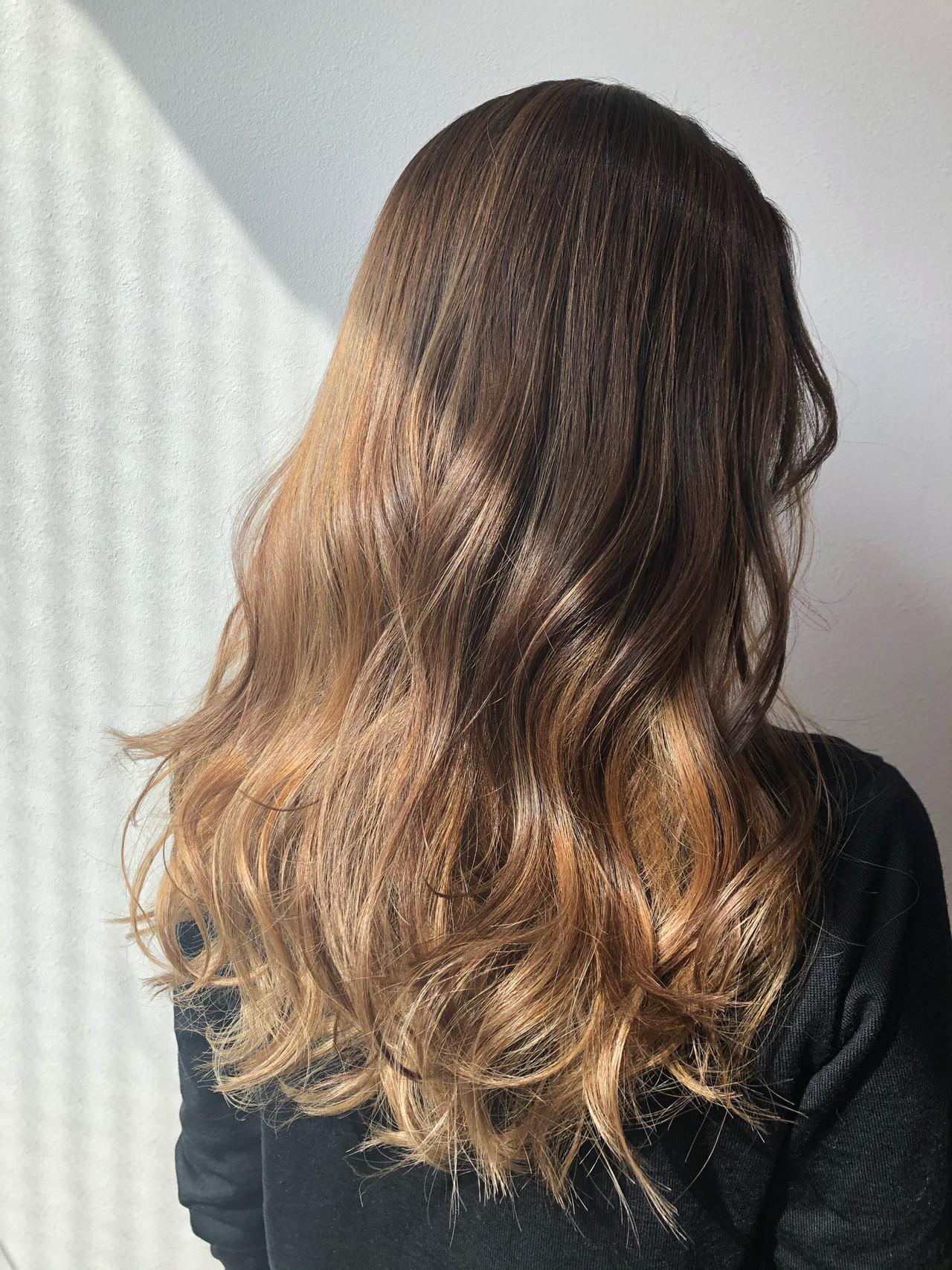 エレガント ロング オレンジベージュ 外国人風カラー ヘアスタイルや髪型の写真・画像