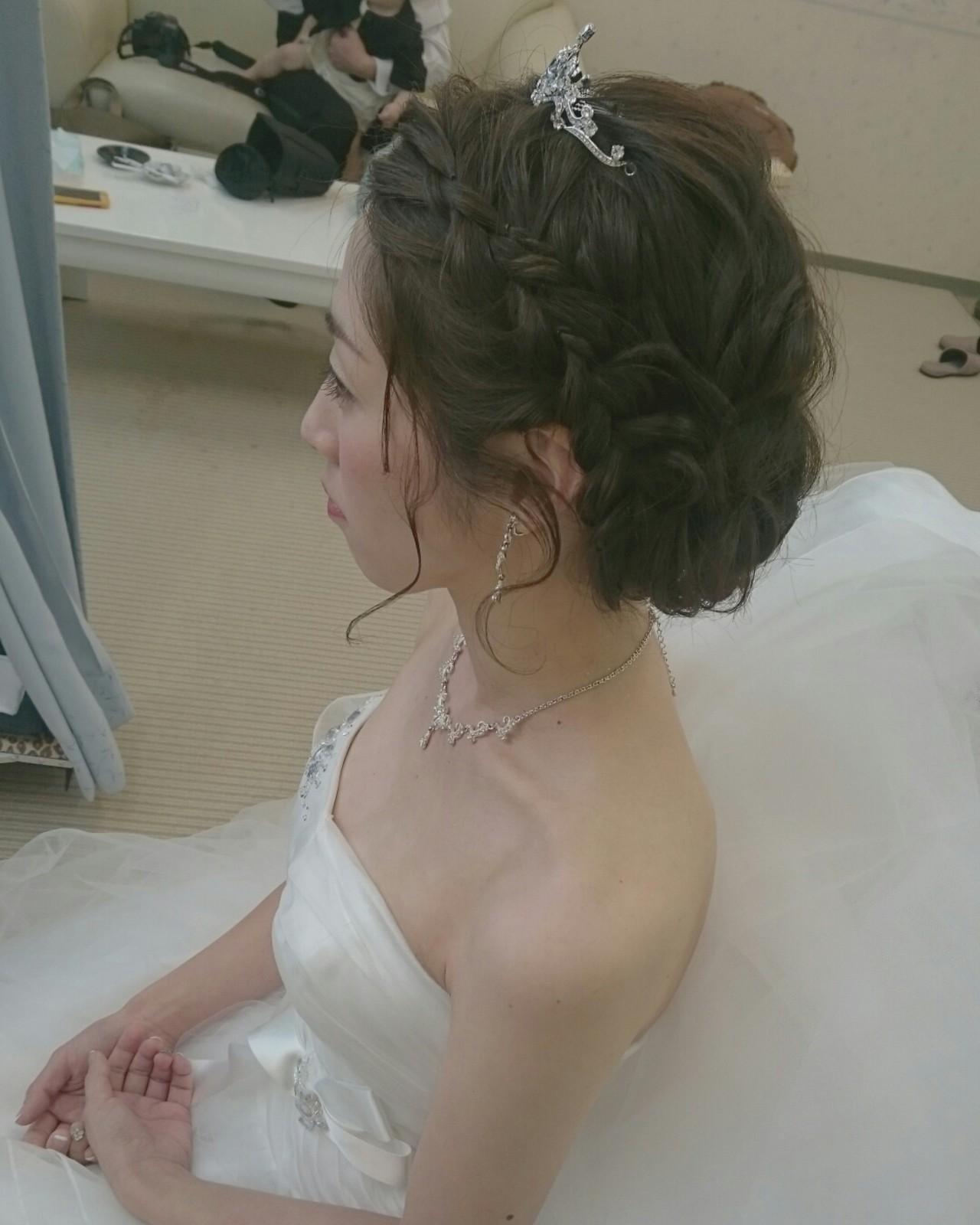 ヘアアレンジ フェミニン ミディアム パーティ ヘアスタイルや髪型の写真・画像