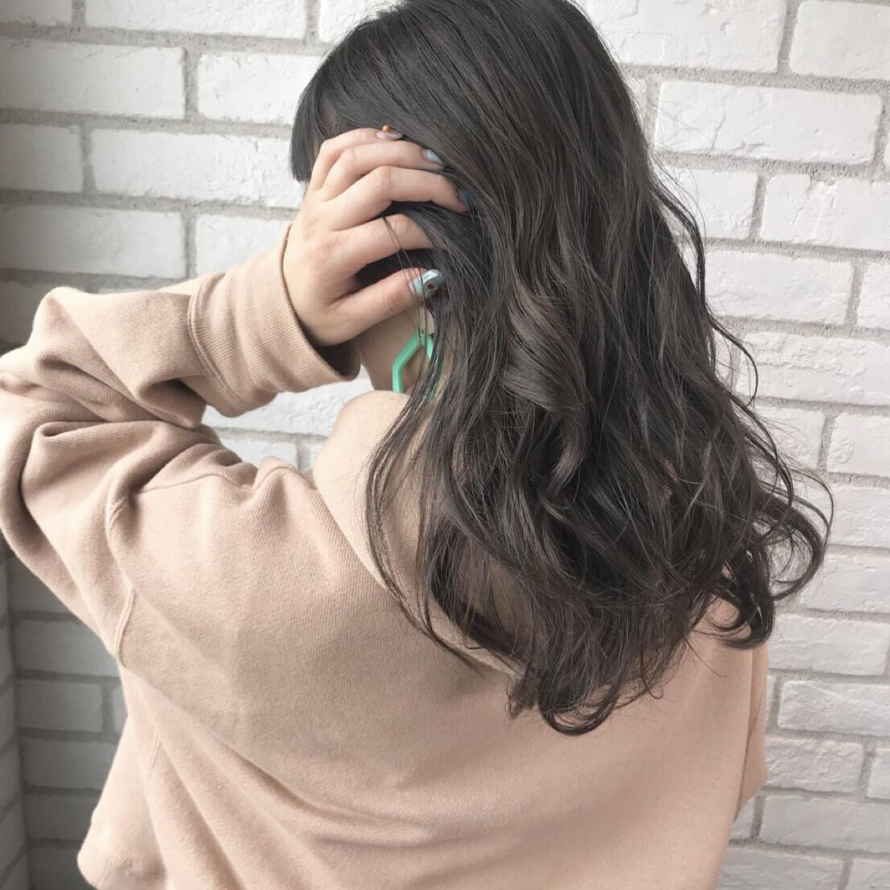 マットグレージュ ?  赤み消したい方はぜひ! 髪が固めの方は柔らかい質感になるのでおススメです!  ________________________  blanc pierre  ブランピエール 恵比寿駅 東口 徒歩5分 cut ¥6,000 color ¥8,700〜 hair set ¥2,980   Instagram ? tsushimakanami