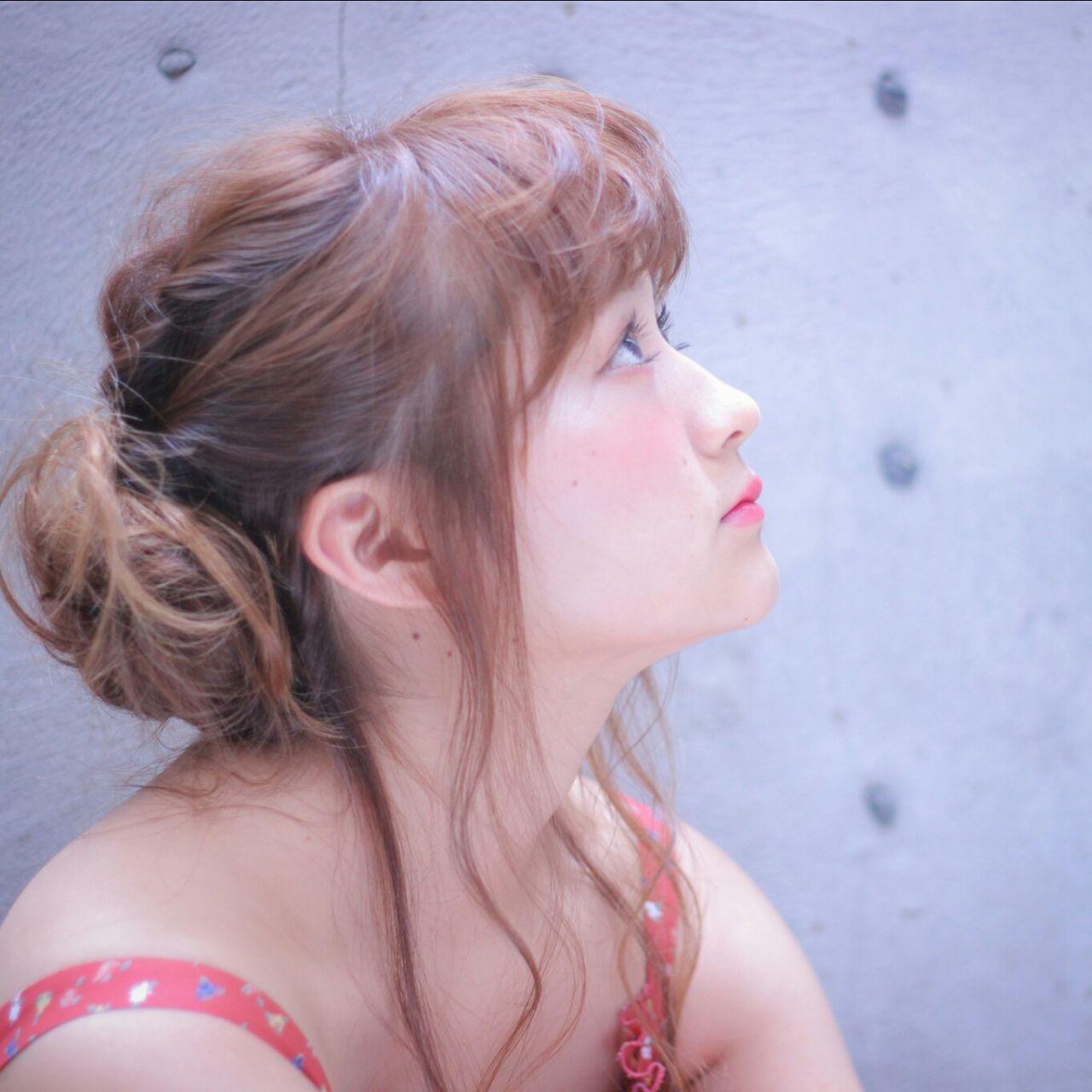 ゆるふわ ヘアアレンジ ナチュラル お団子 ヘアスタイルや髪型の写真・画像