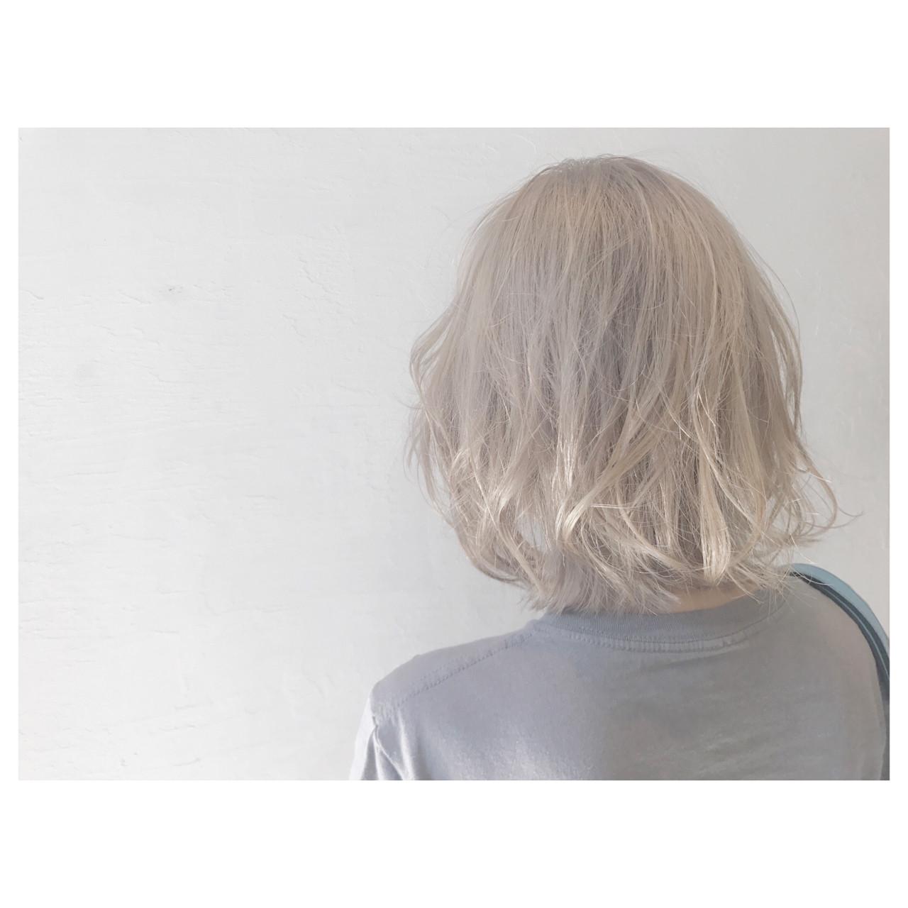ボブ 女子会 ウェーブ アウトドア ヘアスタイルや髪型の写真・画像
