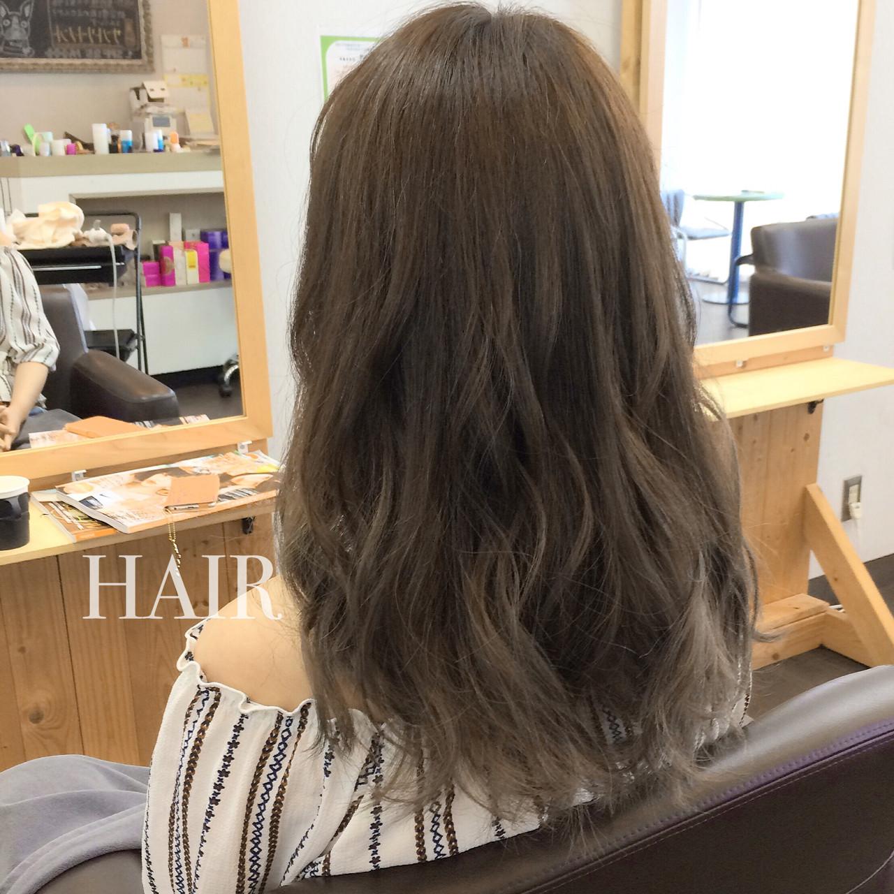 アッシュ 外国人風 ハイライト グラデーションカラー ヘアスタイルや髪型の写真・画像