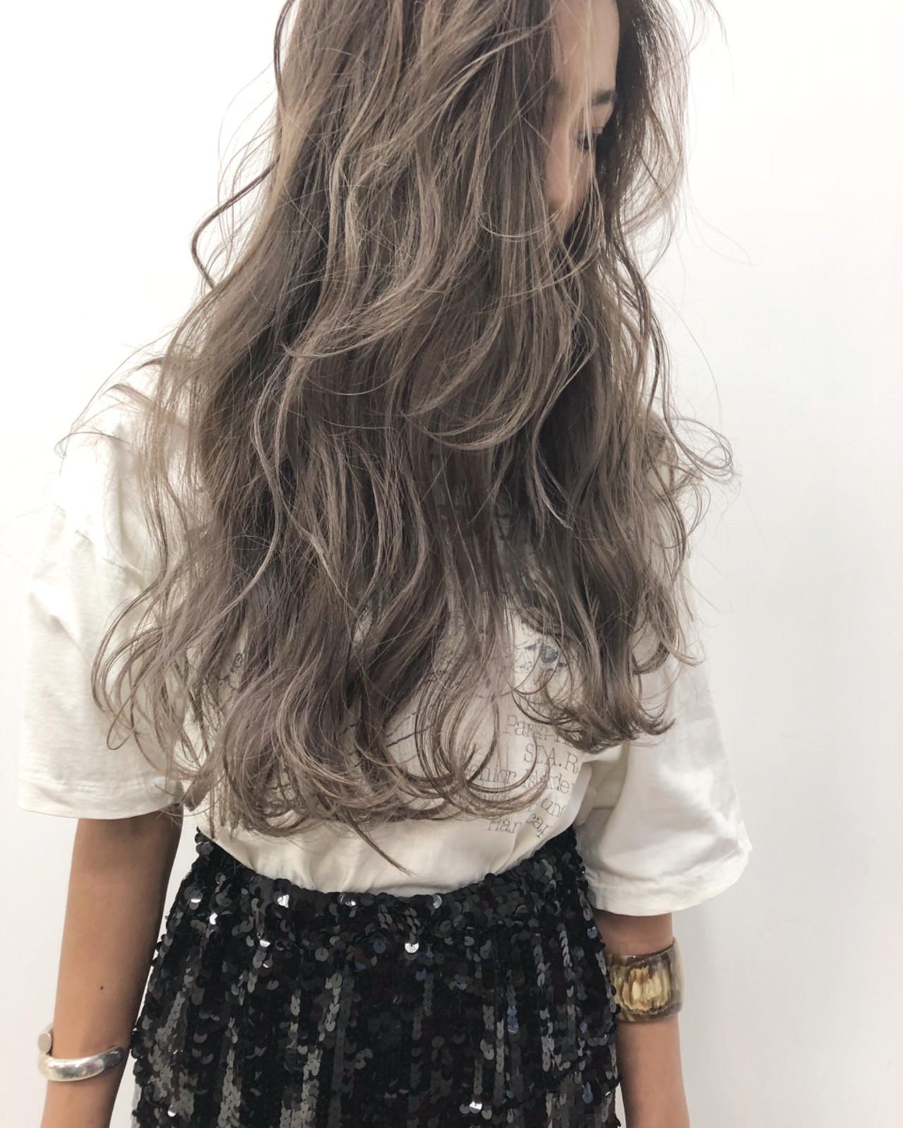 グレージュ ヘアアレンジ ストリート アッシュ ヘアスタイルや髪型の写真・画像 | ALT 森田 正浩 / ALT