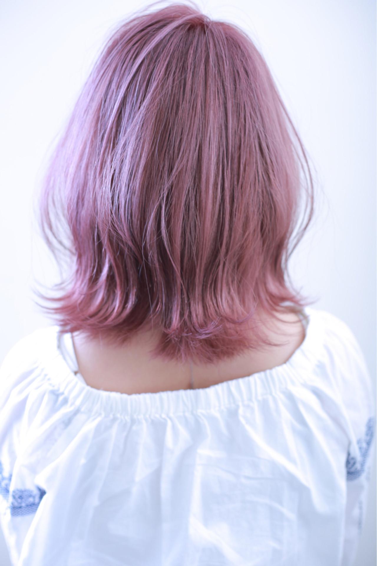 外国人風カラー ラベンダーピンク ピンク ダブルカラー ヘアスタイルや髪型の写真・画像