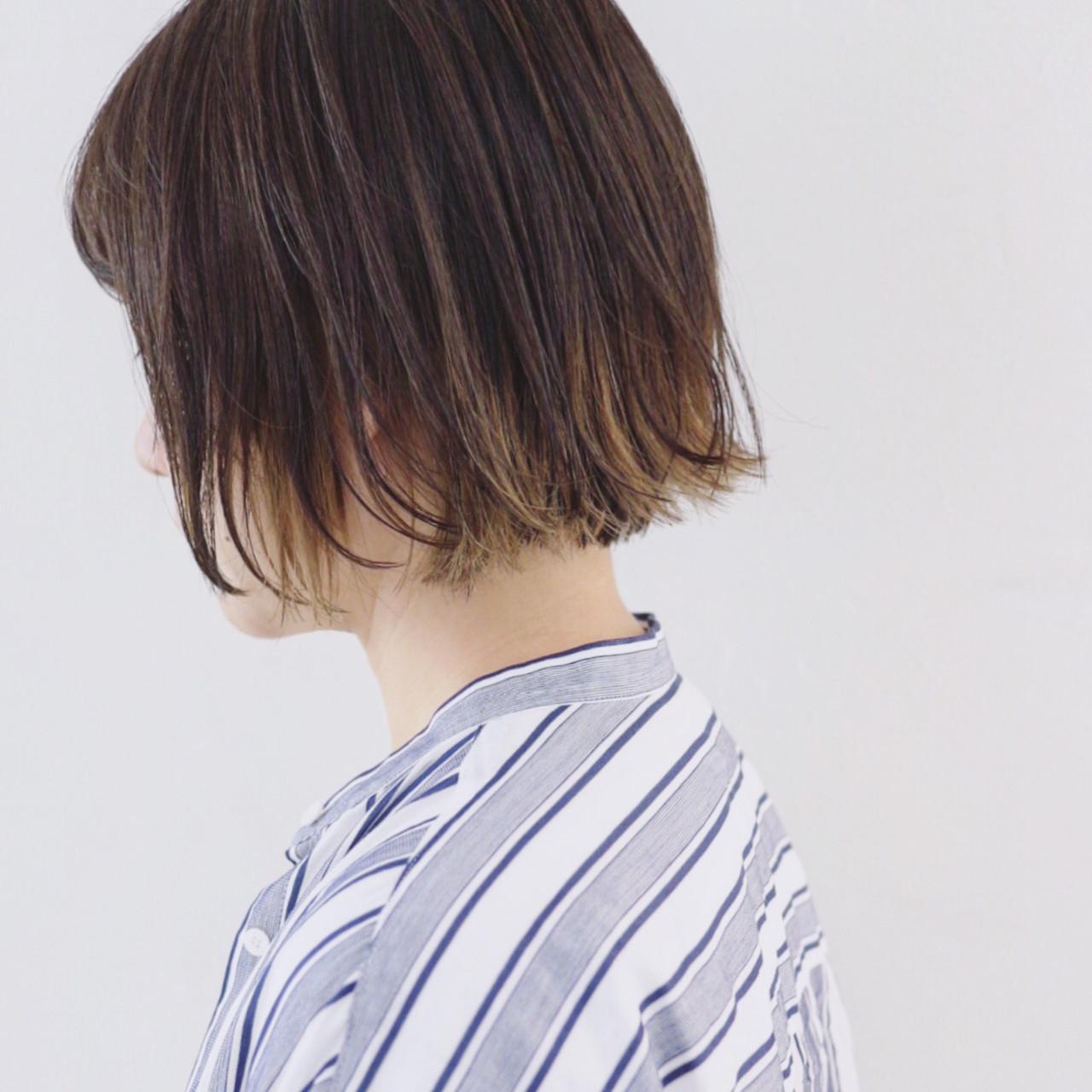 外ハネボブ グラデーションカラー インナーカラー ボブ ヘアスタイルや髪型の写真・画像