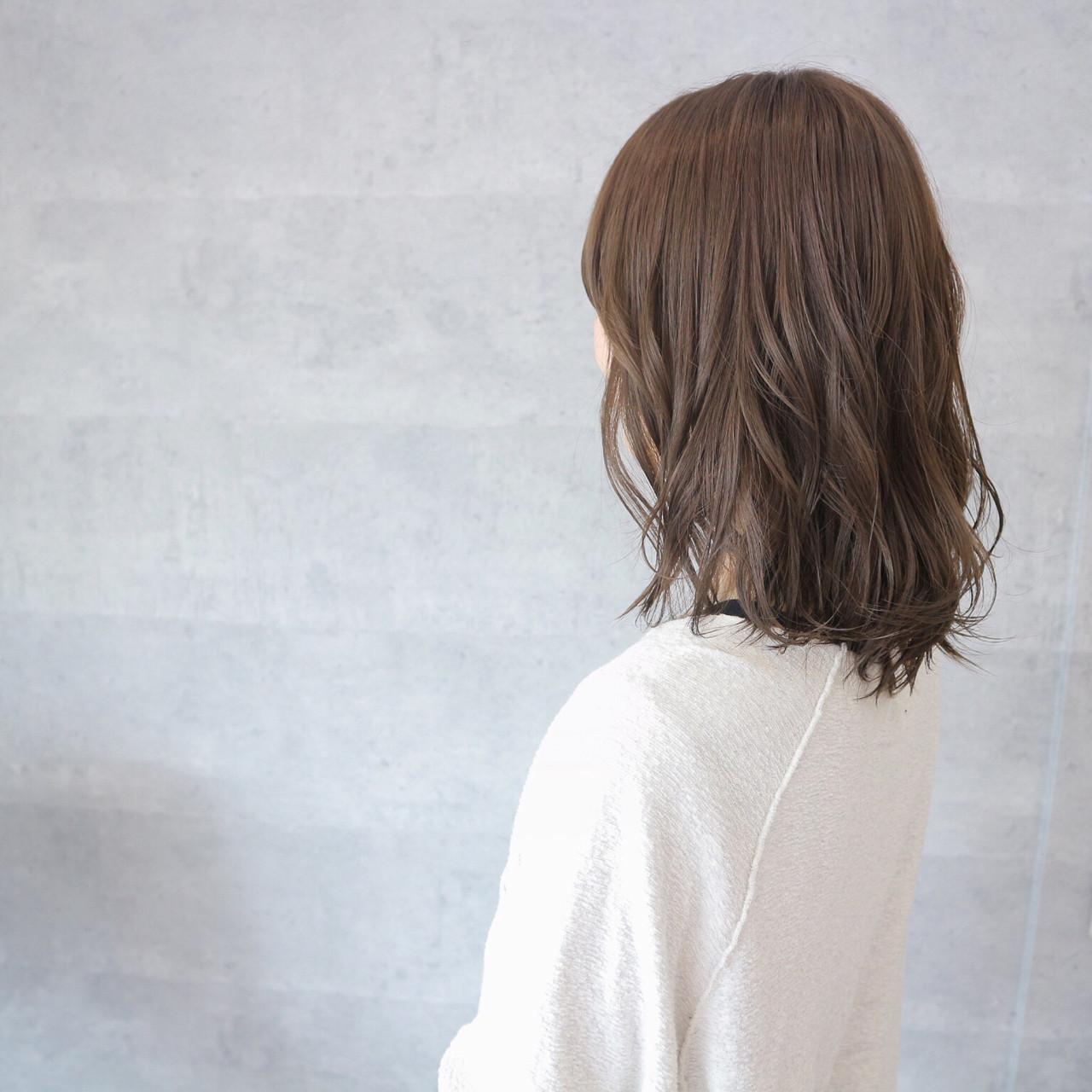 ボブ フェミニン リラックス モード ヘアスタイルや髪型の写真・画像