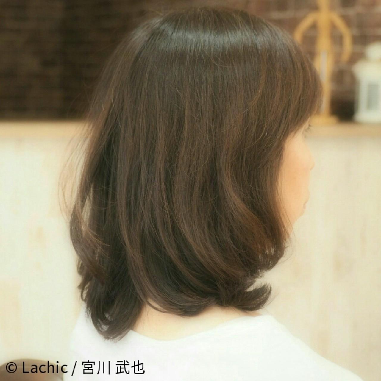 ナチュラル ミディアム パーマ 40代 ヘアスタイルや髪型の写真・画像
