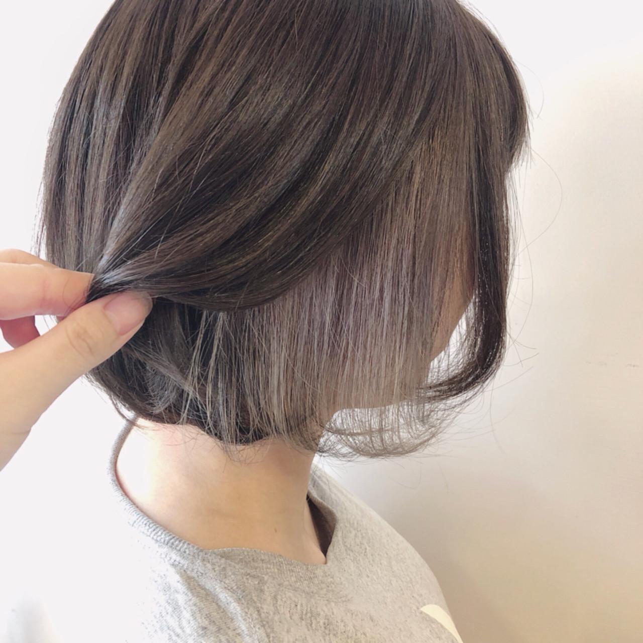 グレージュ インナーカラー フェミニン ボブ ヘアスタイルや髪型の写真・画像 | 多田 朱音 / JLB