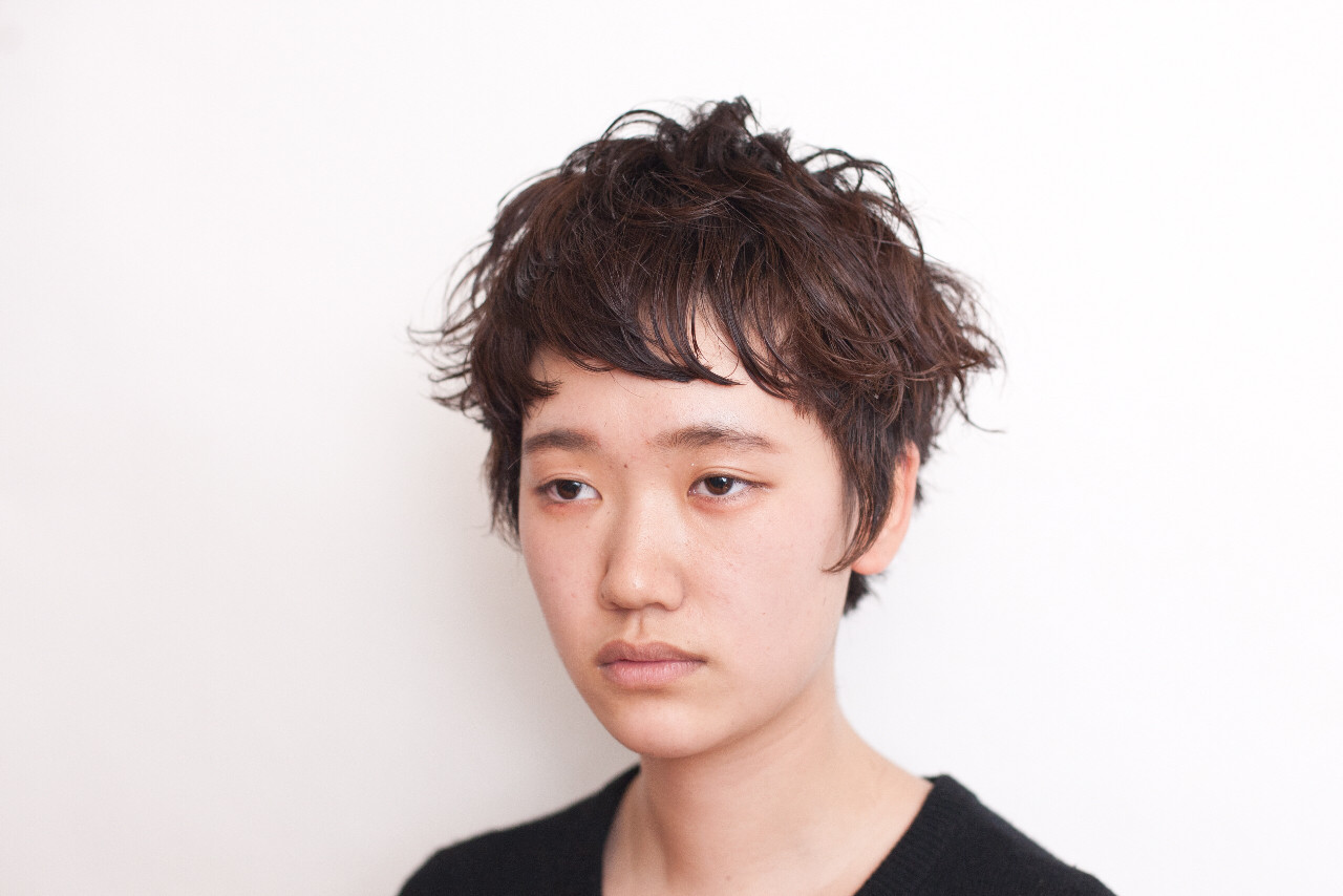 暗髪 ナチュラル 黒髪 モード ヘアスタイルや髪型の写真・画像 | 井上 拓耶 / know hair studio