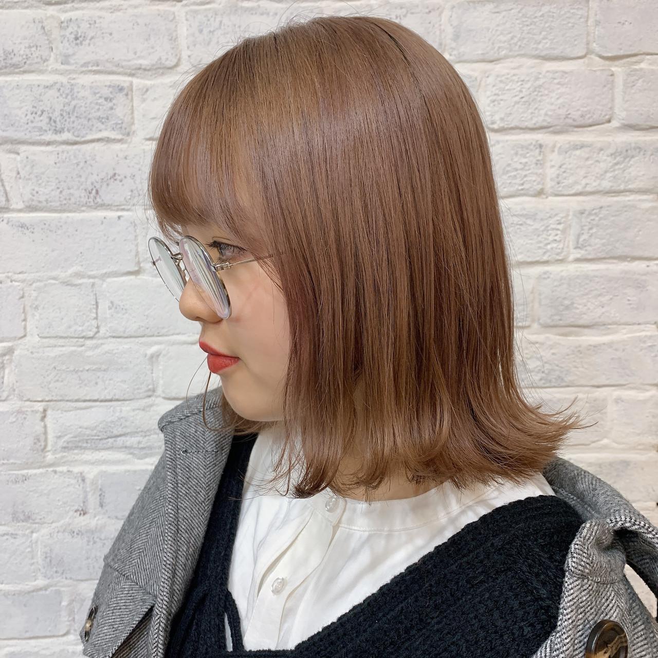ナチュラル ミルクティーベージュ ミルクティーアッシュ ダブルカラー ヘアスタイルや髪型の写真・画像   山本 由君美 GARDENomotesando / GARDENomotesando