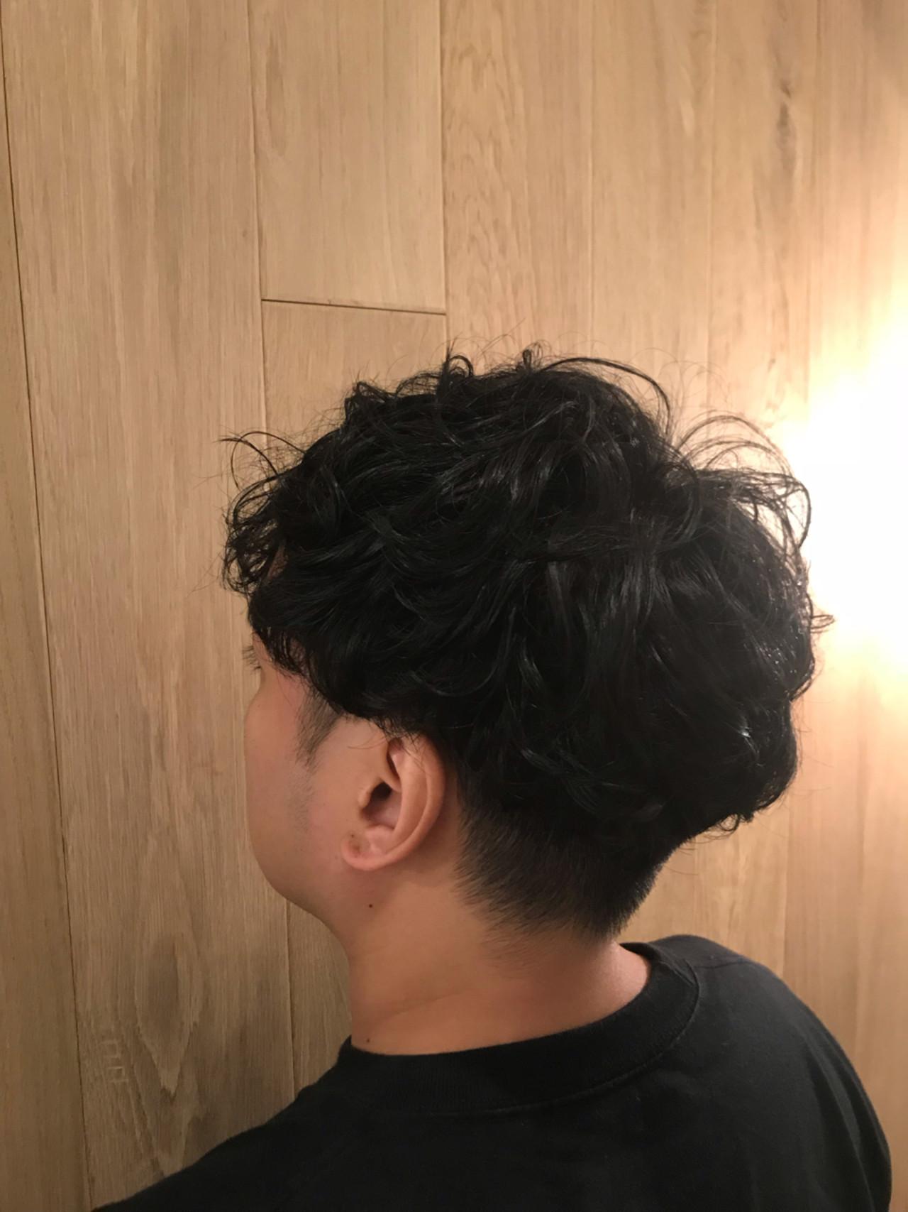 刈り上げ ショート ボーイッシュ パーマ ヘアスタイルや髪型の写真・画像
