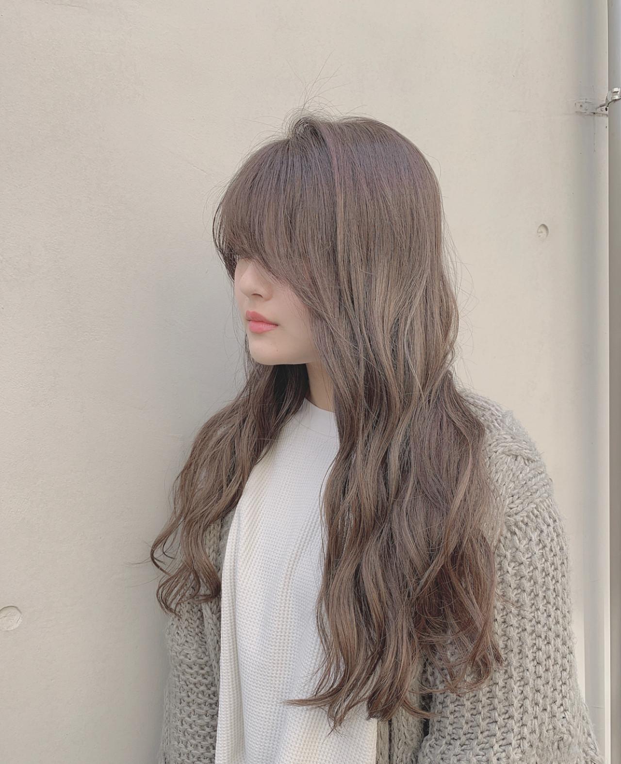 ミルクベージュ ロング ミルクティーベージュ 外国人風カラー ヘアスタイルや髪型の写真・画像