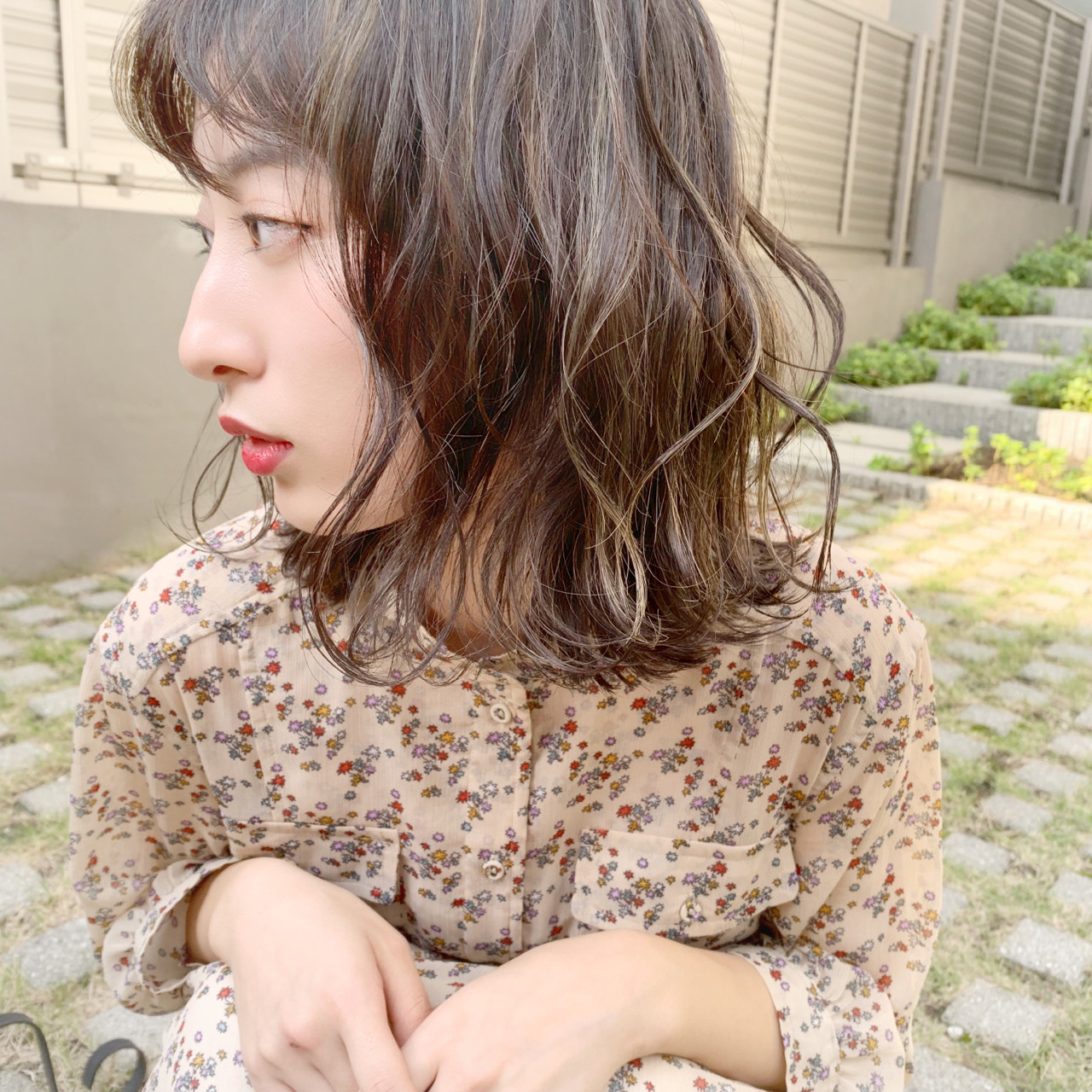 透明感 ハイライト ウェーブ 秋 ヘアスタイルや髪型の写真・画像