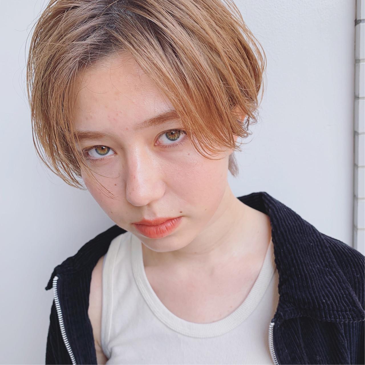 ストリート アンニュイほつれヘア ショート 外国人風 ヘアスタイルや髪型の写真・画像