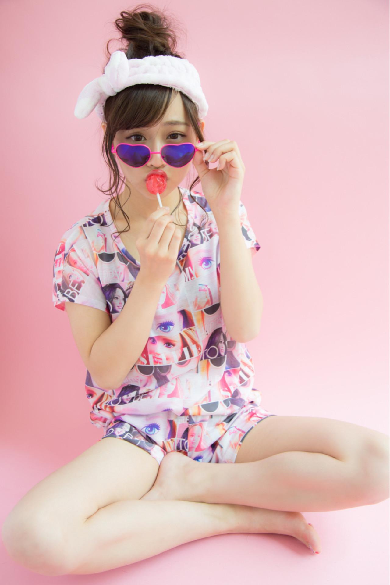 デート リラックス 簡単ヘアアレンジ ガーリー ヘアスタイルや髪型の写真・画像 | 堀井 大輔 / CLOWNhair
