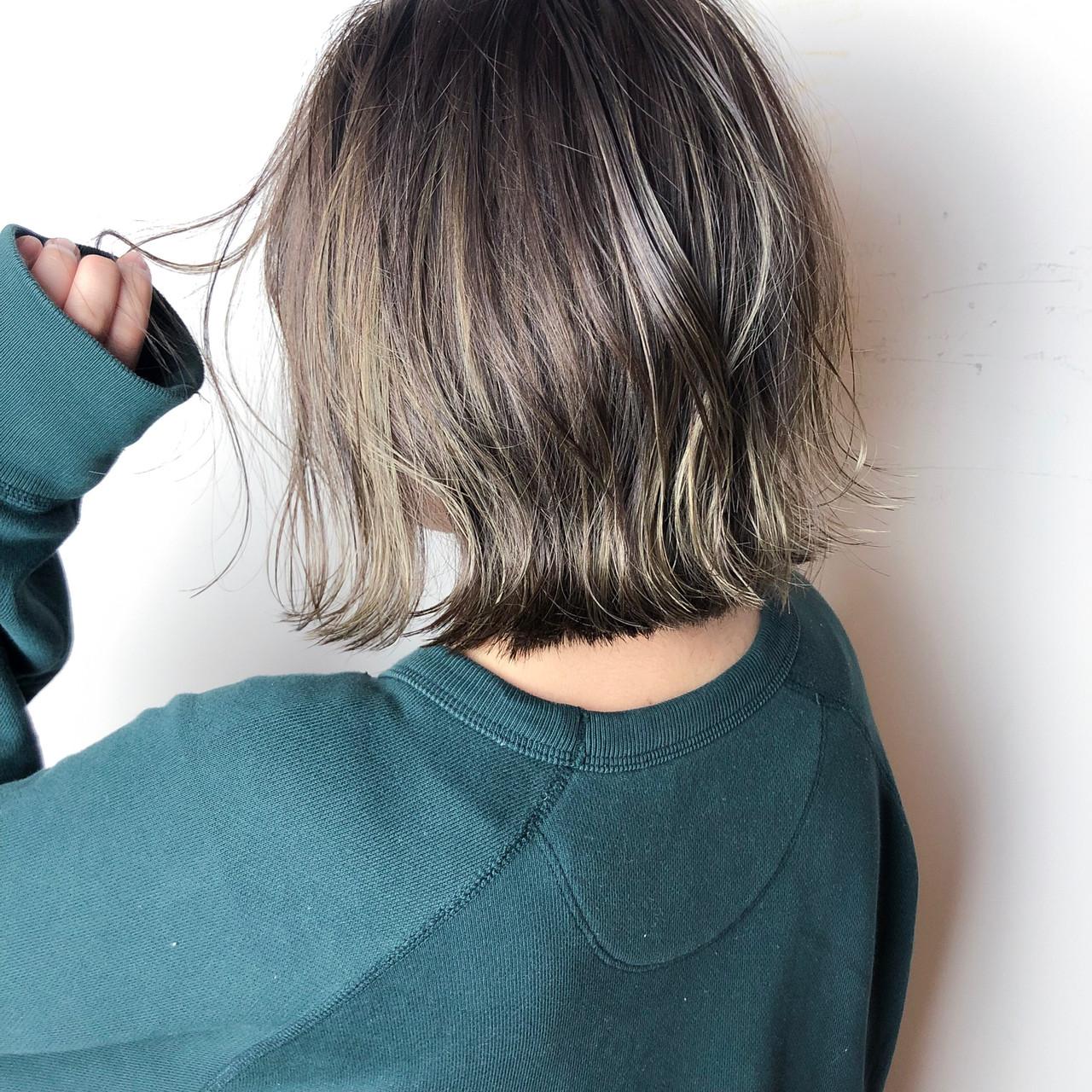 ボブ ハイライト ナチュラル アンニュイほつれヘア ヘアスタイルや髪型の写真・画像