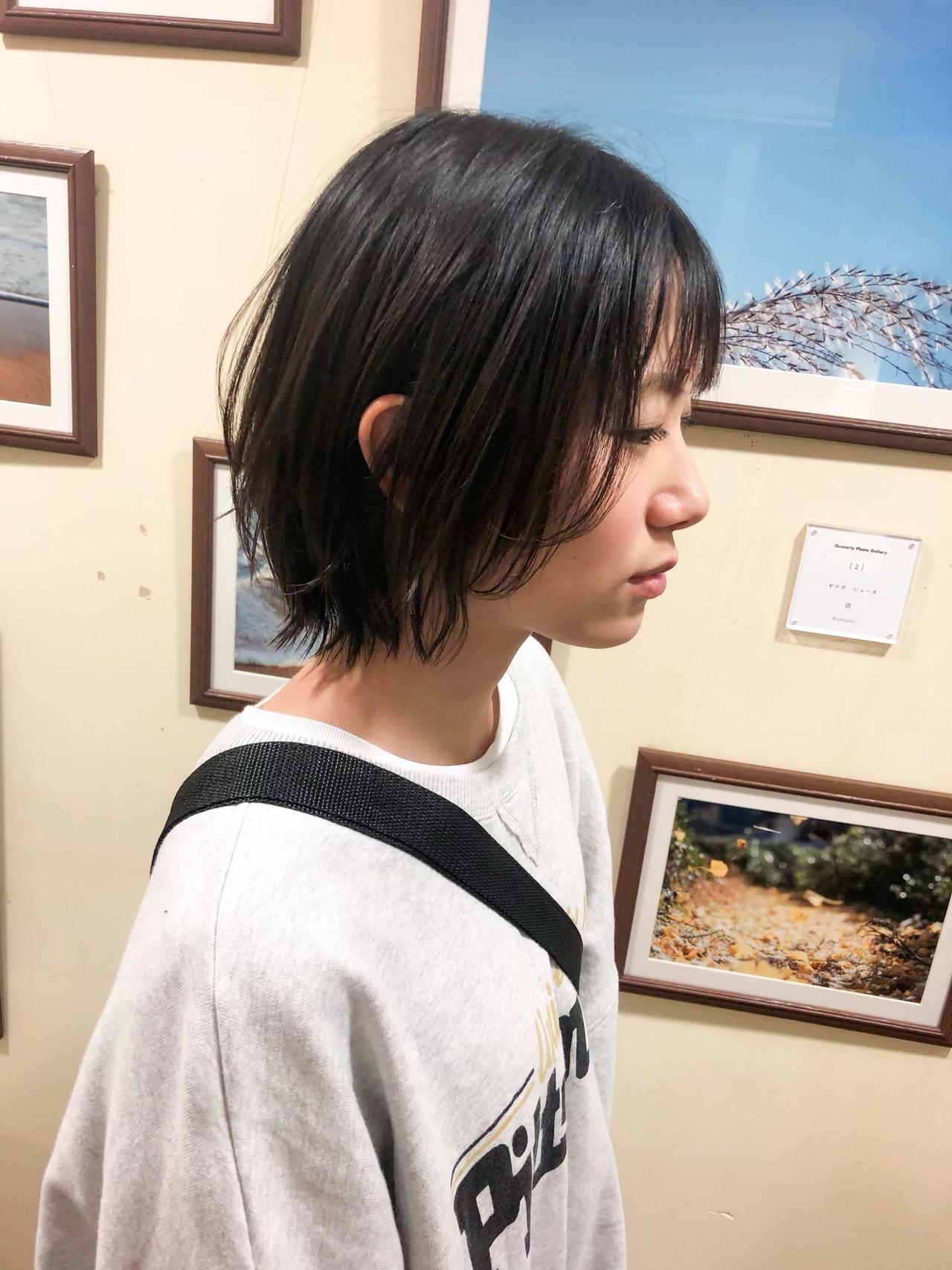 ハンサム アンニュイほつれヘア ナチュラル 暗髪 ヘアスタイルや髪型の写真・画像 | ヤマダ ケイタ / graf