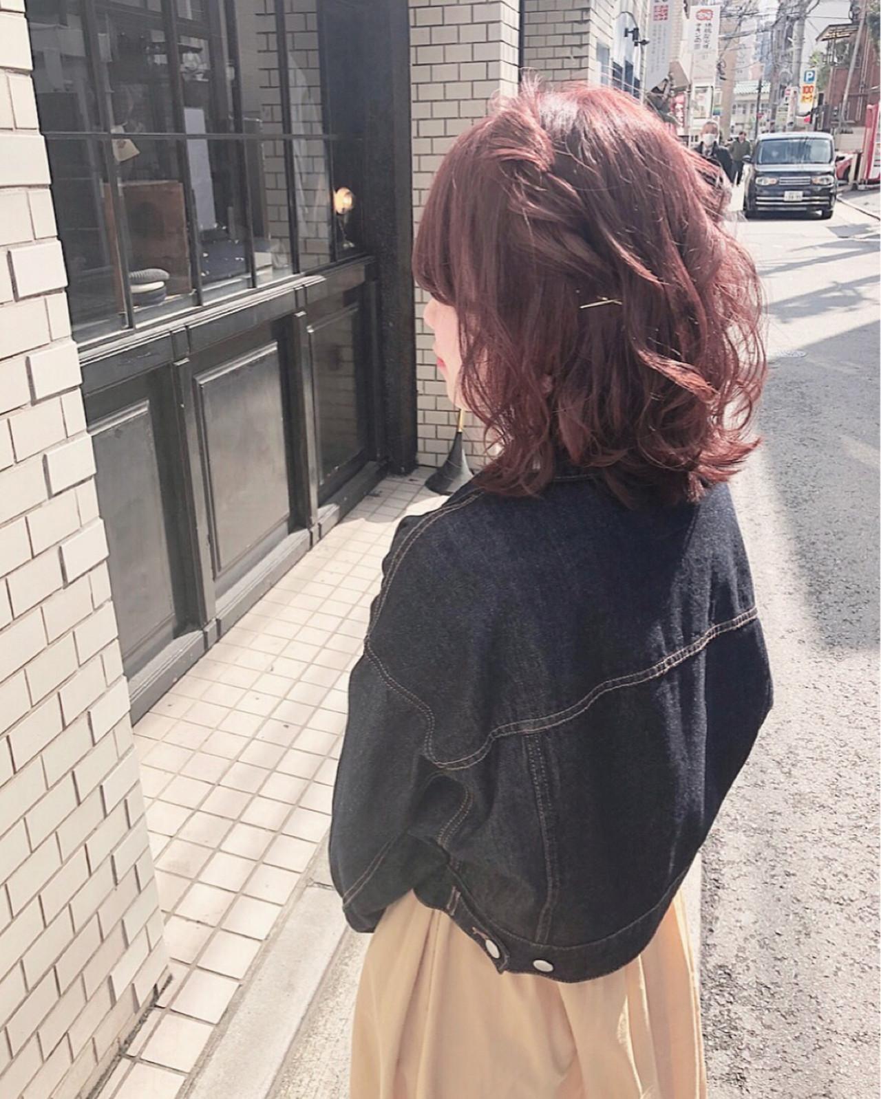 簡単ヘアアレンジ ヘアアレンジ ミディアム ガーリー ヘアスタイルや髪型の写真・画像