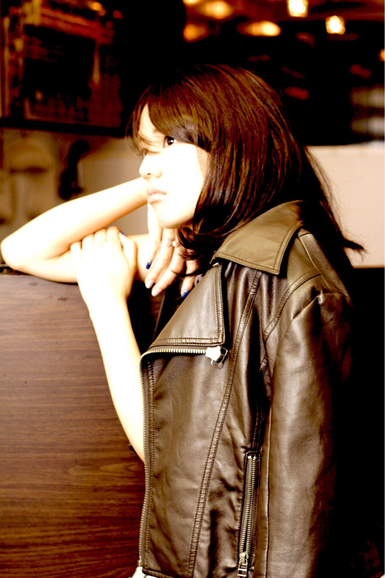 ナチュラル 大人かわいい セミロング 甘辛MIX ヘアスタイルや髪型の写真・画像   仲井 翼 / Luxera hair&este