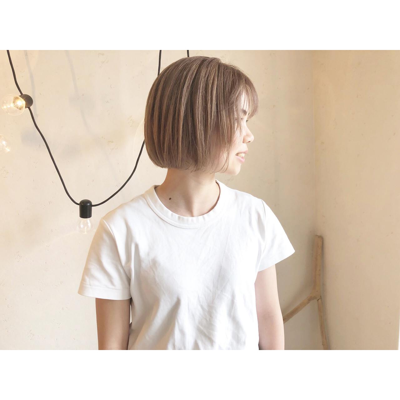 ミルクティーブラウン ショート ミニボブ ナチュラル ヘアスタイルや髪型の写真・画像 | 森下佳哲 / lufun hair design