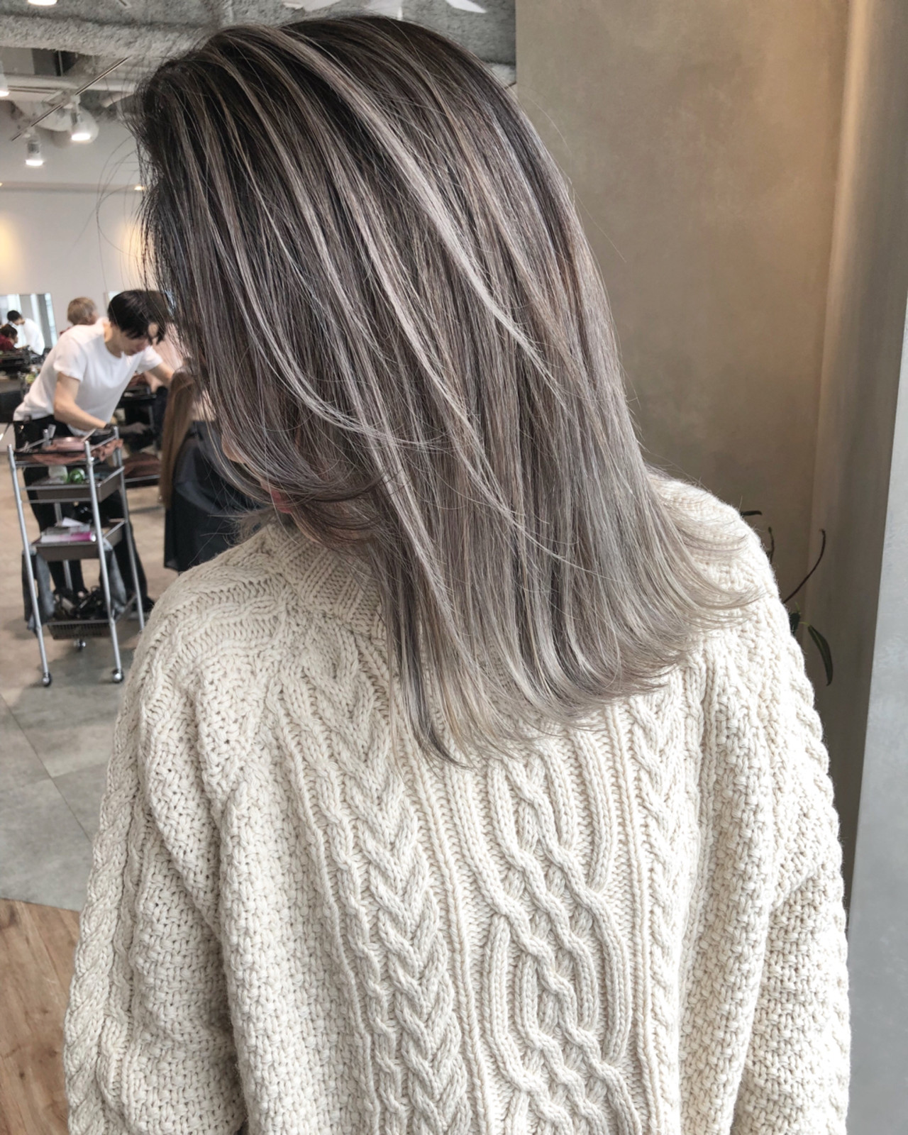 ストリート ハイライト ミディアム 外国人風カラー ヘアスタイルや髪型の写真・画像 | ALT 森田 正浩 / ALT