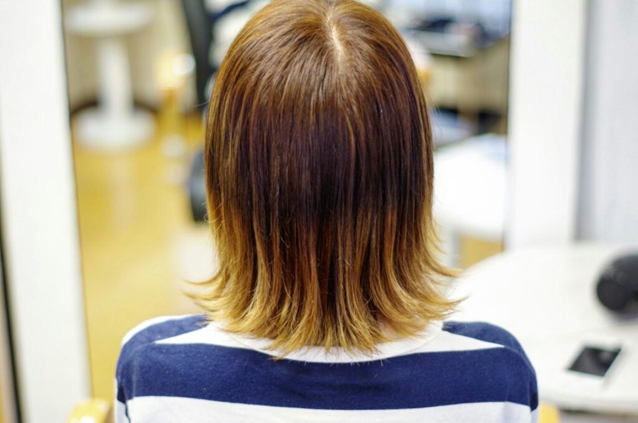 ワイドバング 大人かわいい アッシュ ハイライト ヘアスタイルや髪型の写真・画像 | 宇井 一八 / Hair&make  vita