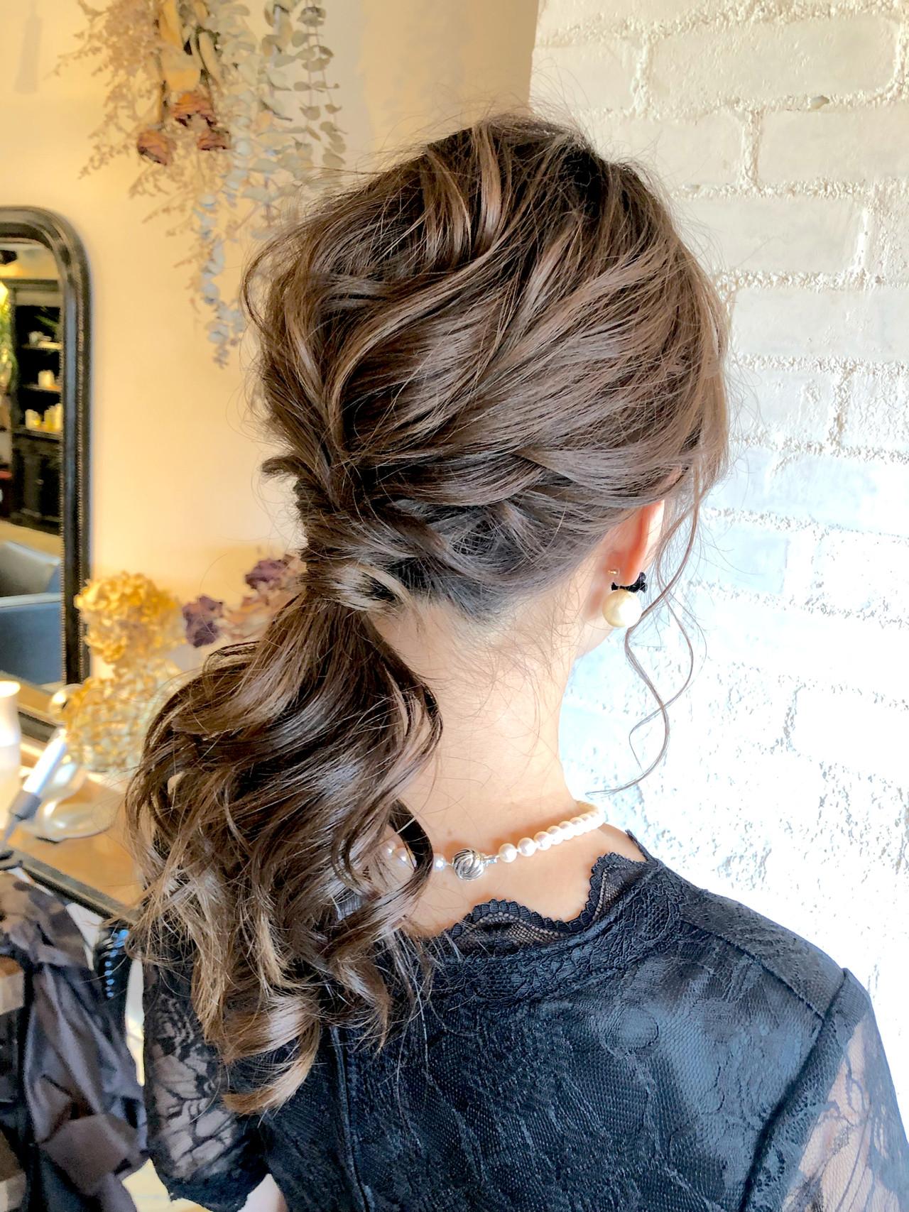 フェミニン ヘアアレンジ 簡単ヘアアレンジ デート ヘアスタイルや髪型の写真・画像 | 亀山 ゆきほ / BelleBIANCA
