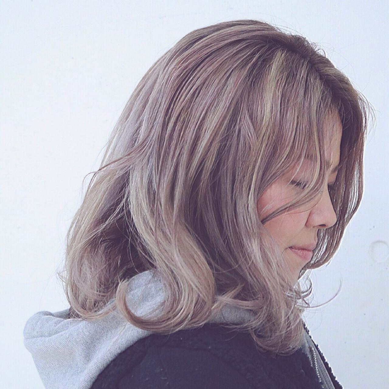 外国人風 ハイライト グラデーションカラー ストリート ヘアスタイルや髪型の写真・画像