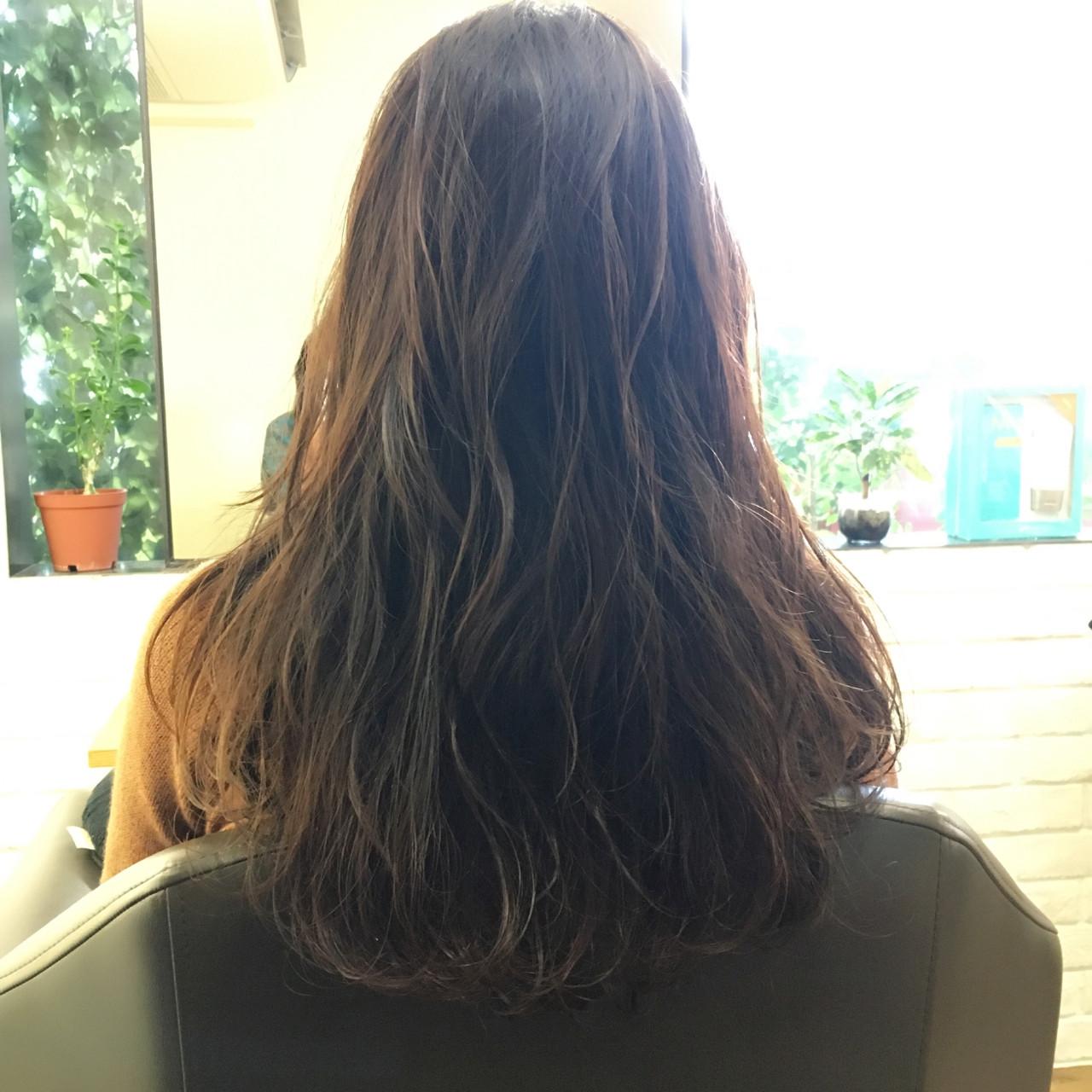 ロング 色気 大人女子 ゆるふわ ヘアスタイルや髪型の写真・画像   上川美幸 / carlm