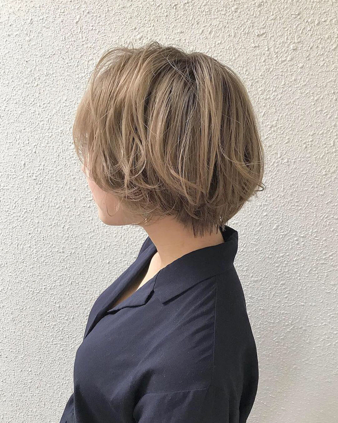 ショート ハイトーン 外国人風カラー 上品 ヘアスタイルや髪型の写真・画像