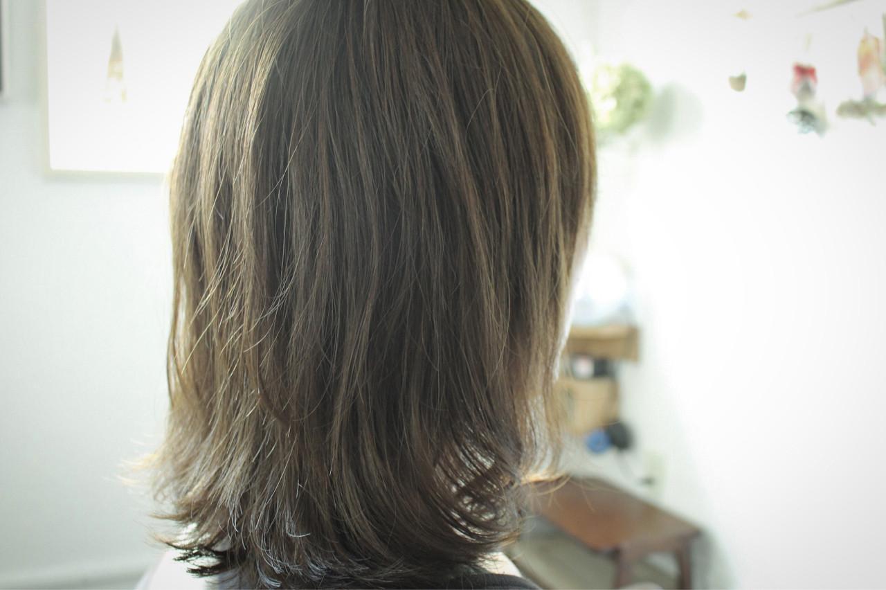 スモーキーアッシュ ナチュラル オリーブアッシュ ベージュ ヘアスタイルや髪型の写真・画像 | creap / creap