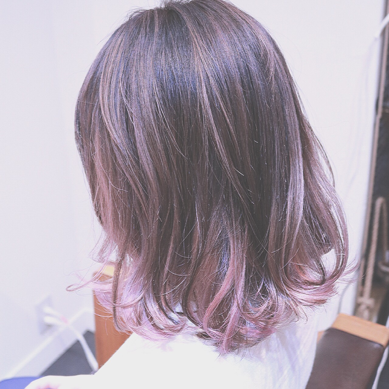 ミルクティー バレイヤージュ ピンク グラデーションカラー ヘアスタイルや髪型の写真・画像