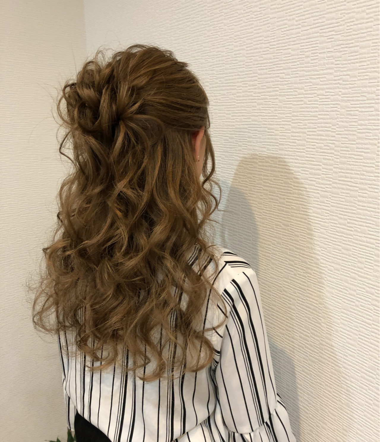 ヘアアレンジ ルーズ ハーフアップ フェミニン ヘアスタイルや髪型の写真・画像   mai / HAIR SALON STELLA