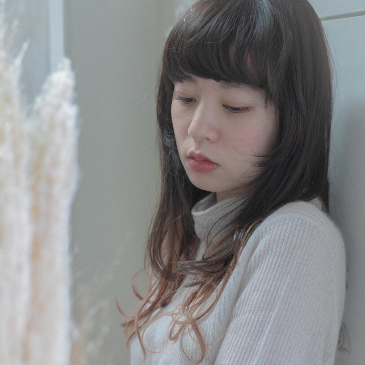 デート スポーツ 黒髪 ニュアンスウルフ ヘアスタイルや髪型の写真・画像   Emiko Nakanishi / MAULOA