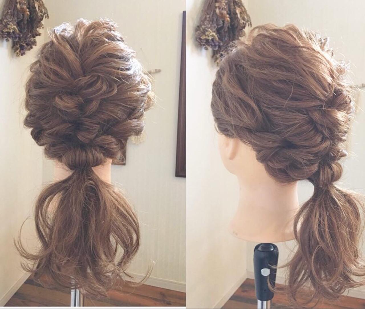 ナチュラル オフィス 結婚式 簡単ヘアアレンジ ヘアスタイルや髪型の写真・画像 | MOMOKO / HairworksZEAL