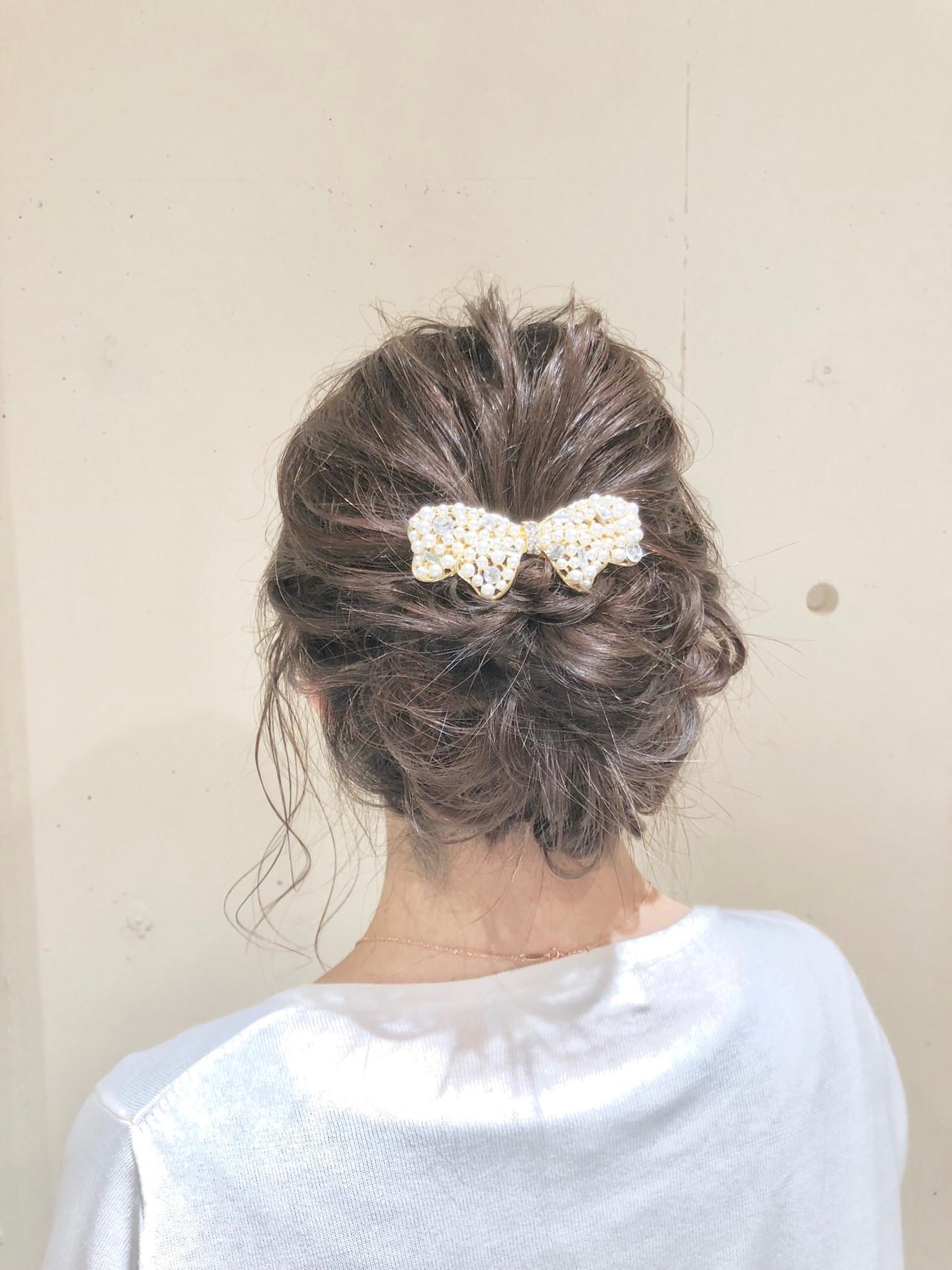 フェミニン ヘアアレンジ ミディアム デート ヘアスタイルや髪型の写真・画像 | KEISUKE / Runon 日吉